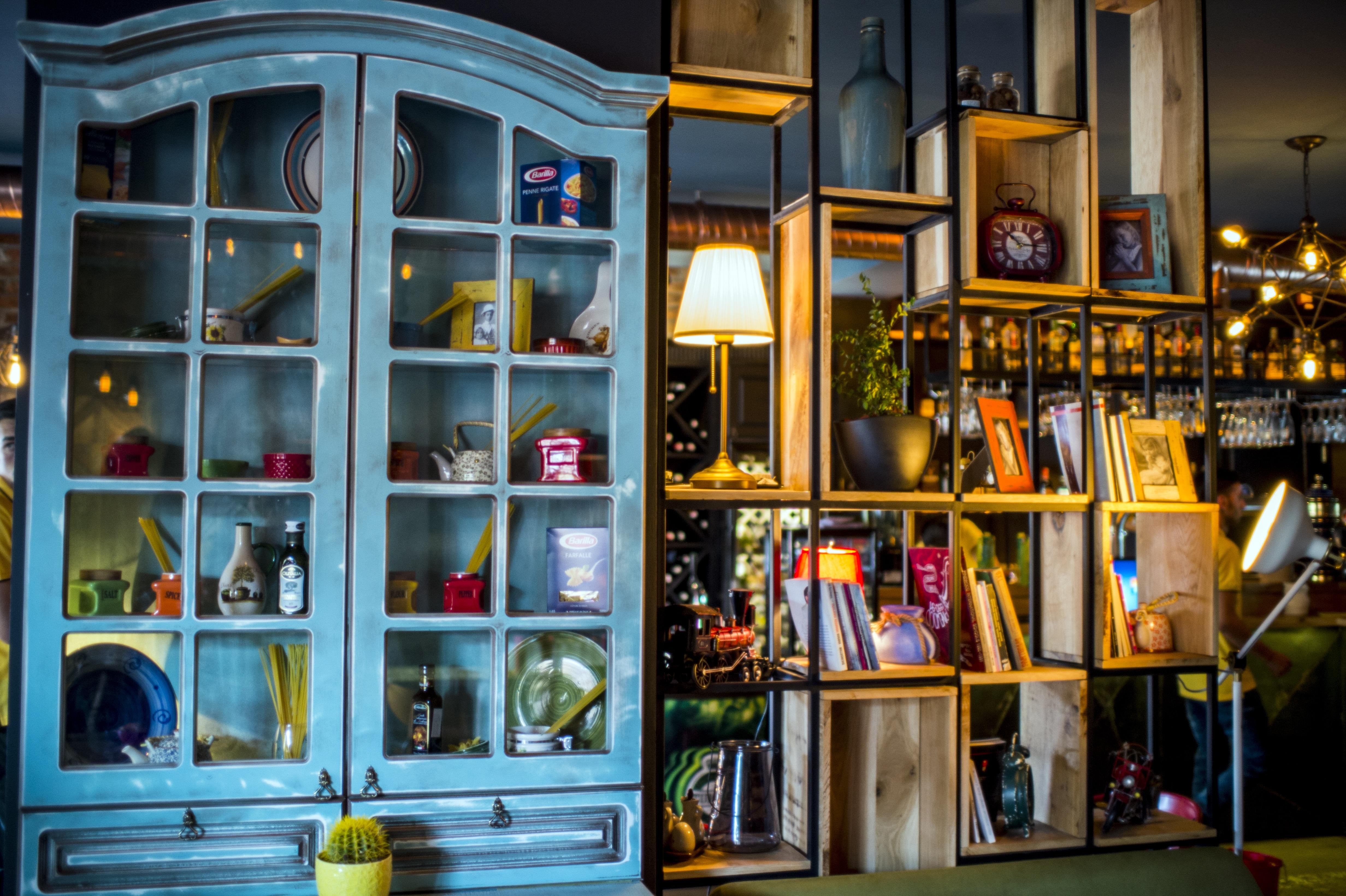 Kostenlose foto : Tabelle, Licht, die Architektur, Weiß, Stock ...