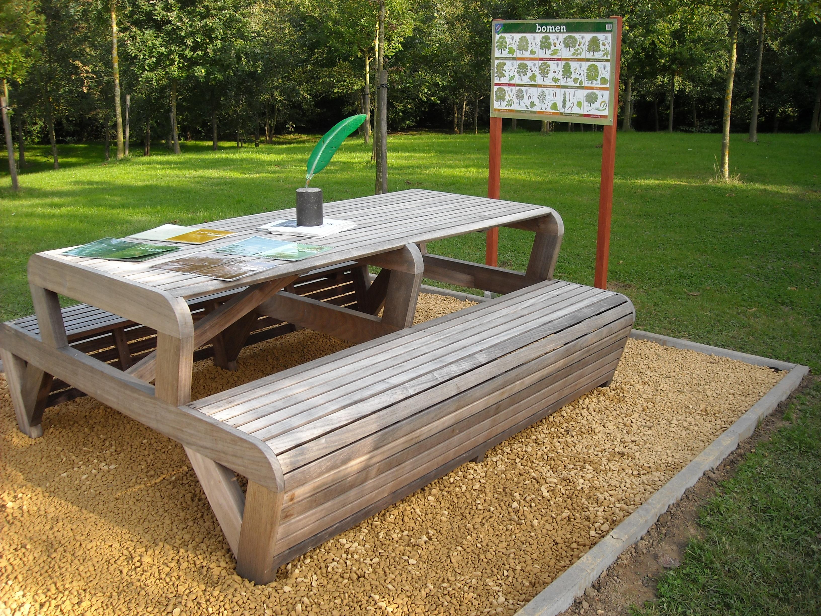 Images gratuites table la nature de plein air for Equipement de jardin