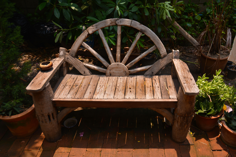 Fotos gratis : mesa, naturaleza, banco, casa, silla, asientos ...
