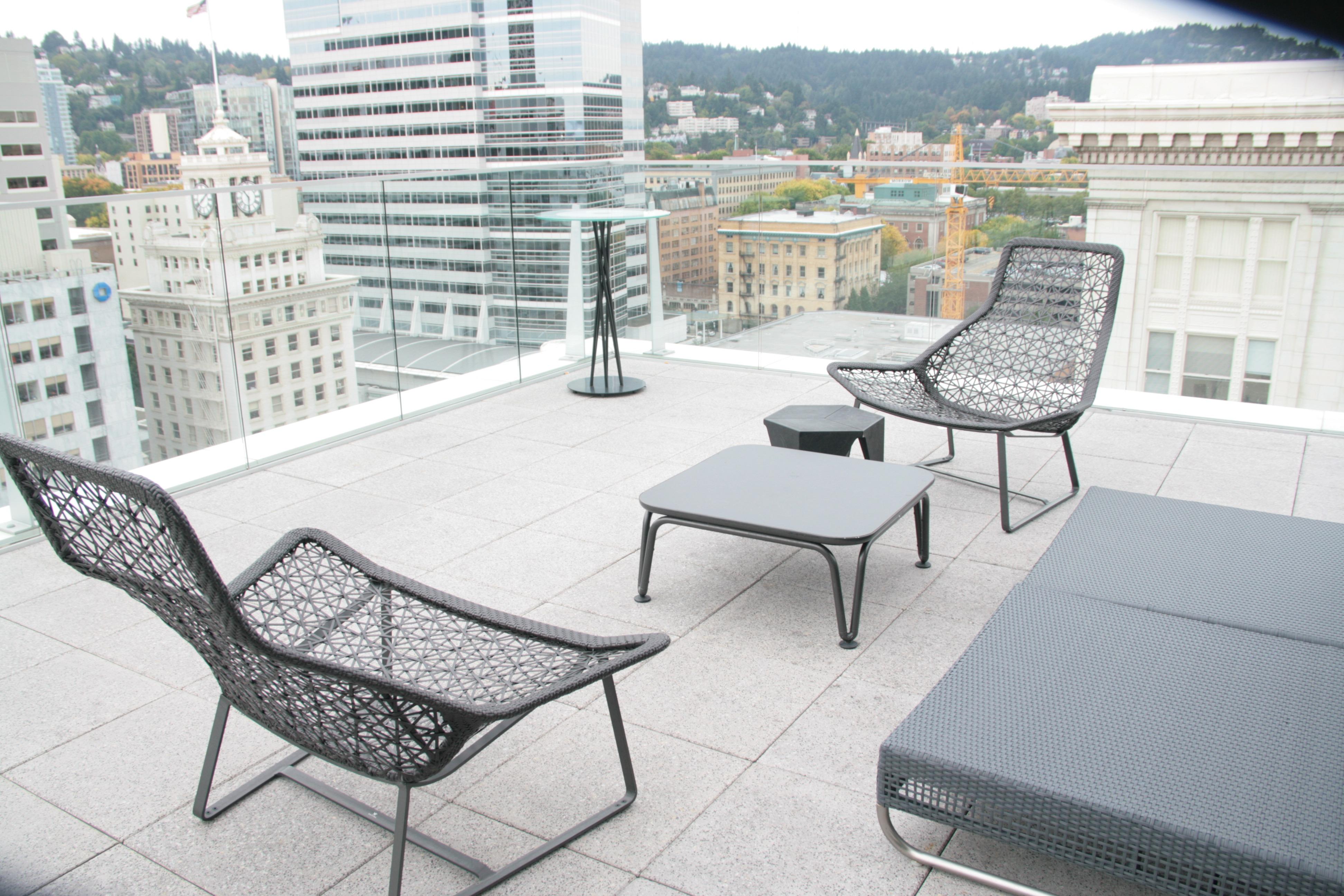 Fotos gratis : mesa, al aire libre, ligero, arquitectura, vaso ...