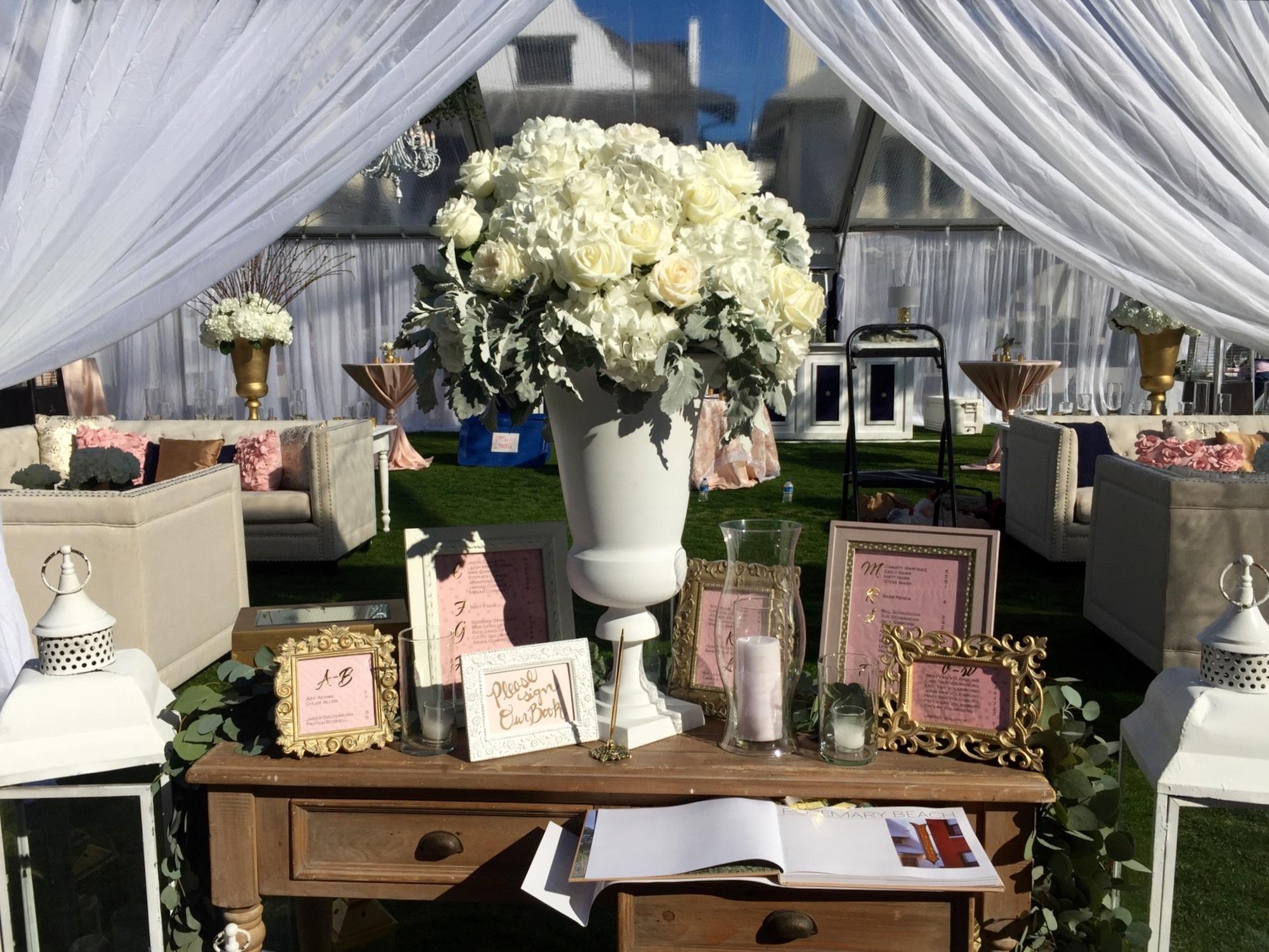 Images gratuites table de plein air blanc fleur maison f te bouquet d coration repas - Table pour brocante ...