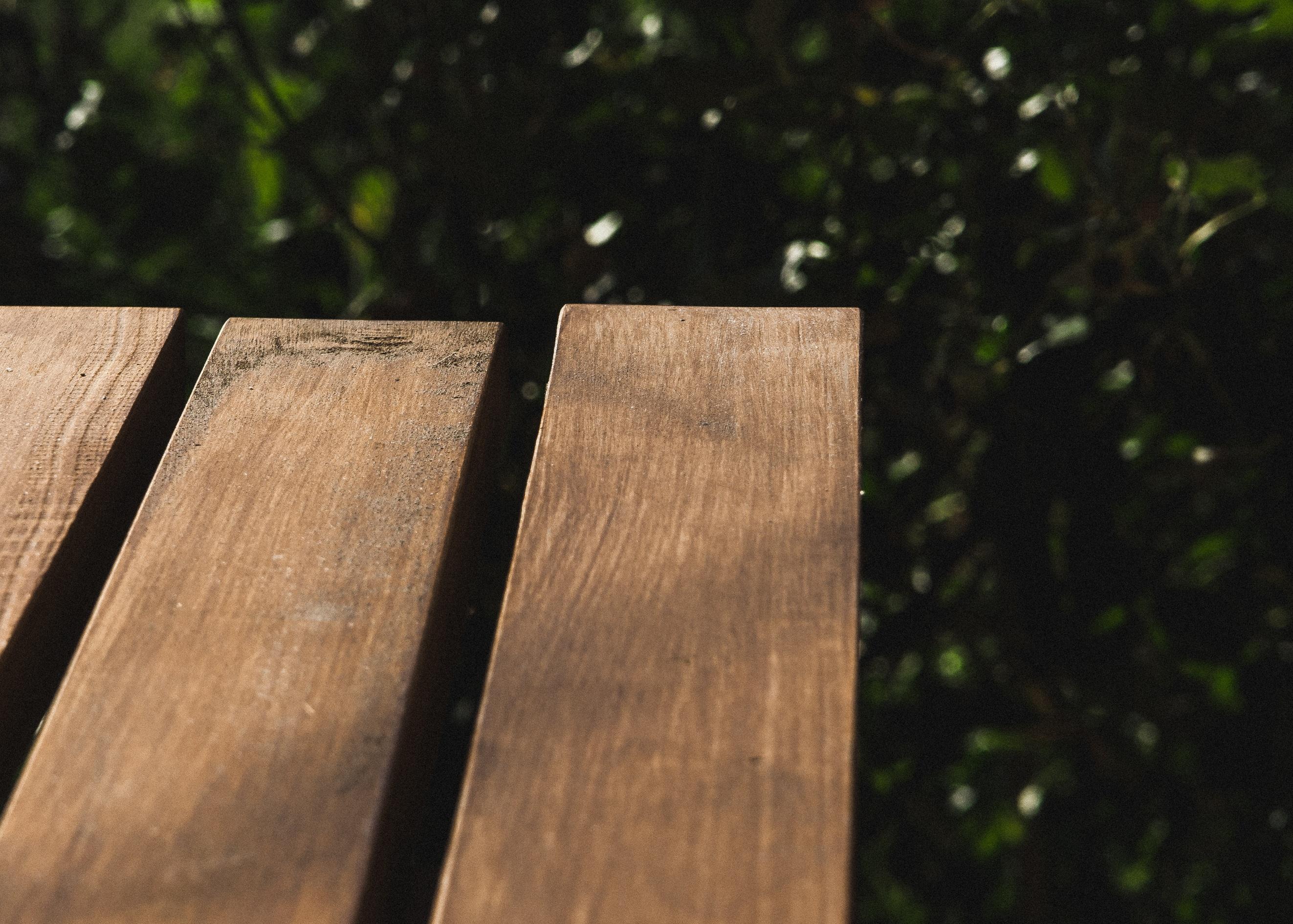 Fotos gratis : mesa, al aire libre, banco, textura, hoja, asiento ...