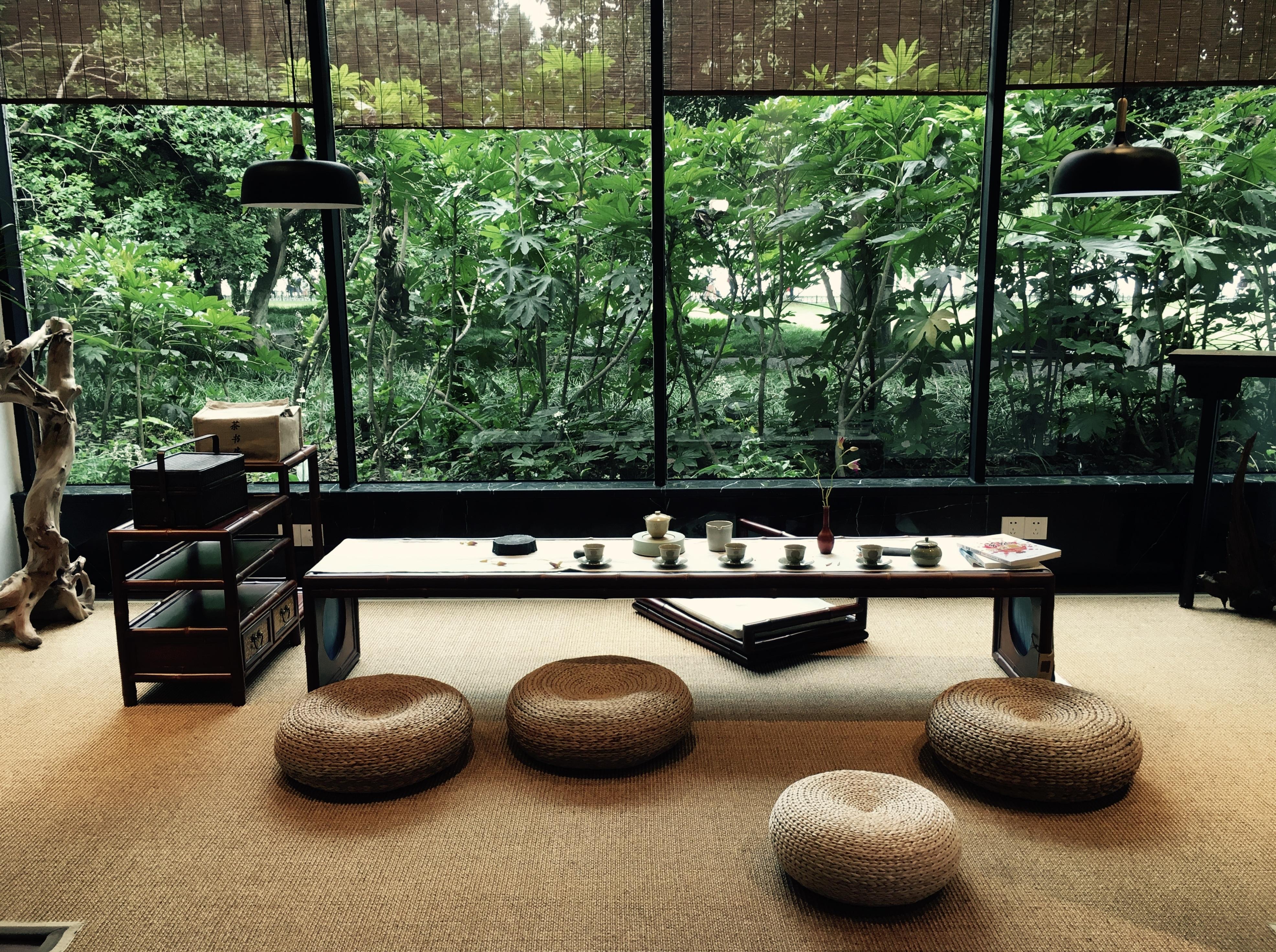 Table Photography Backyard Living Room Furniture Room Interior Design  Quaint Art Design Gallery Estate Antiquity Simple