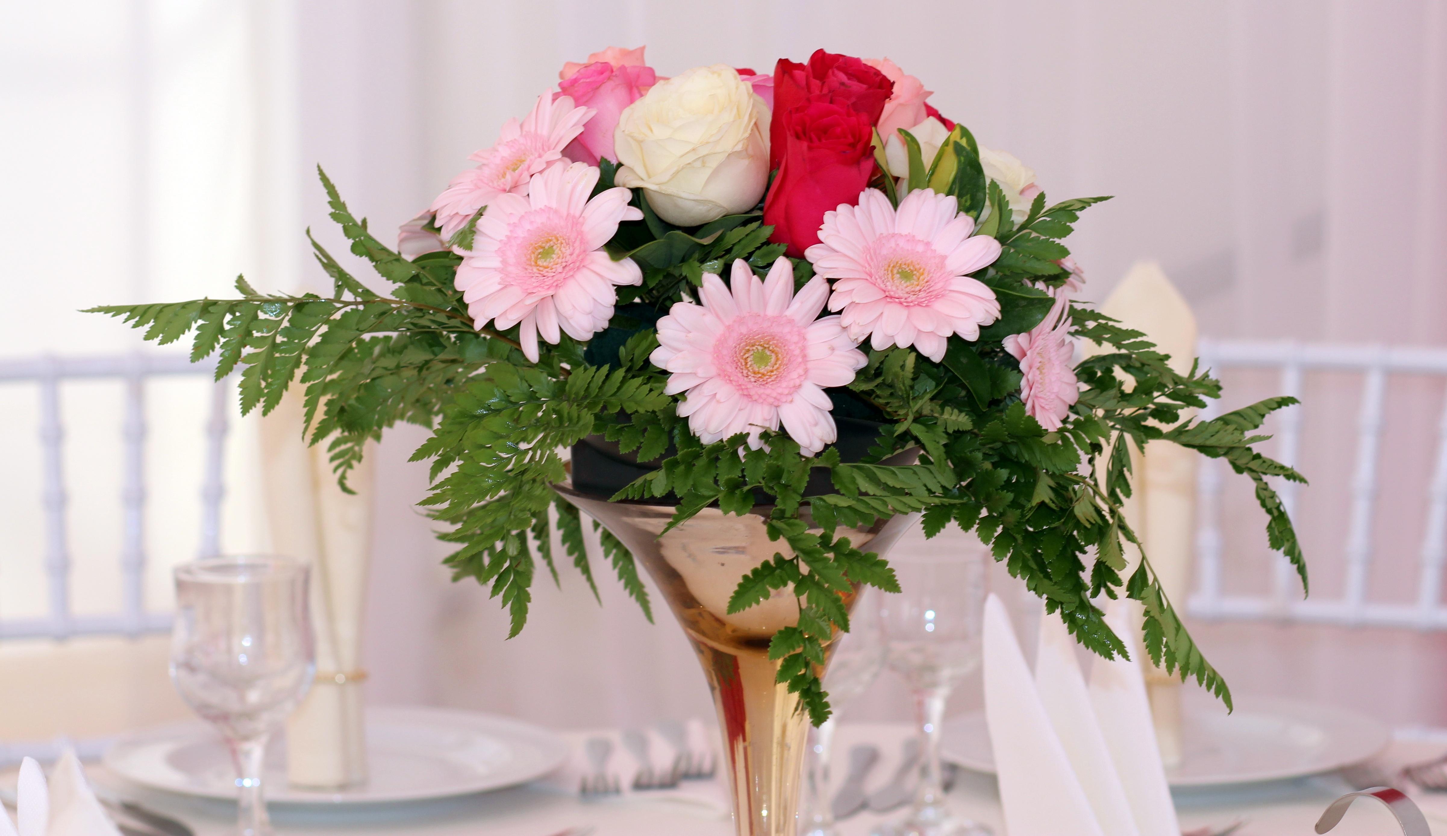 Fotos gratis mesa flor p talo decoraci n rosado - Cortar hierba alta ...