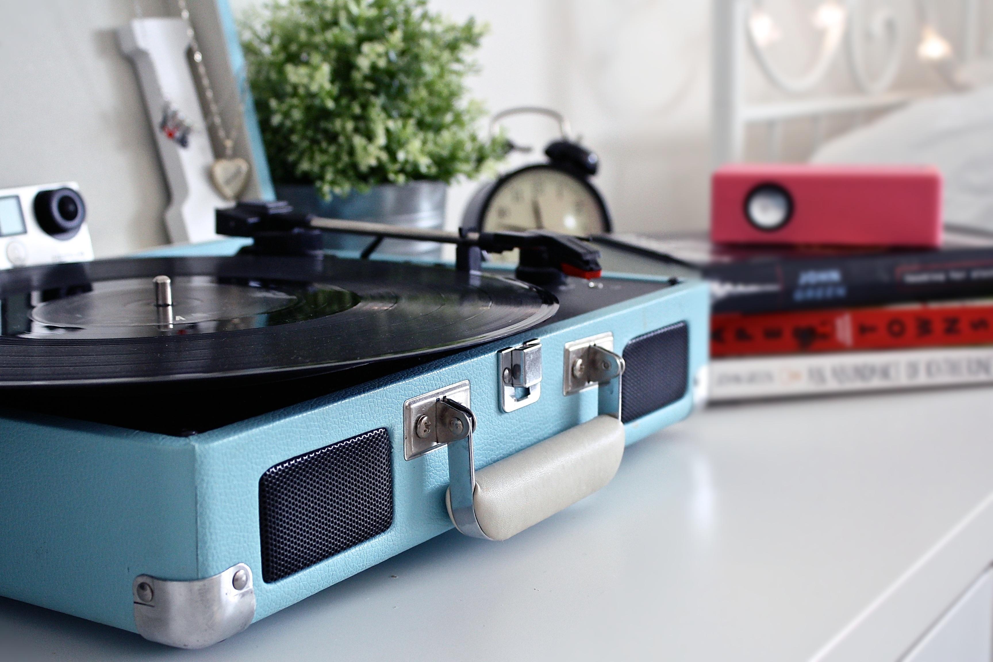 Gratis Afbeeldingen : tafel, record, muziek-, vinyl, draaischijf ...