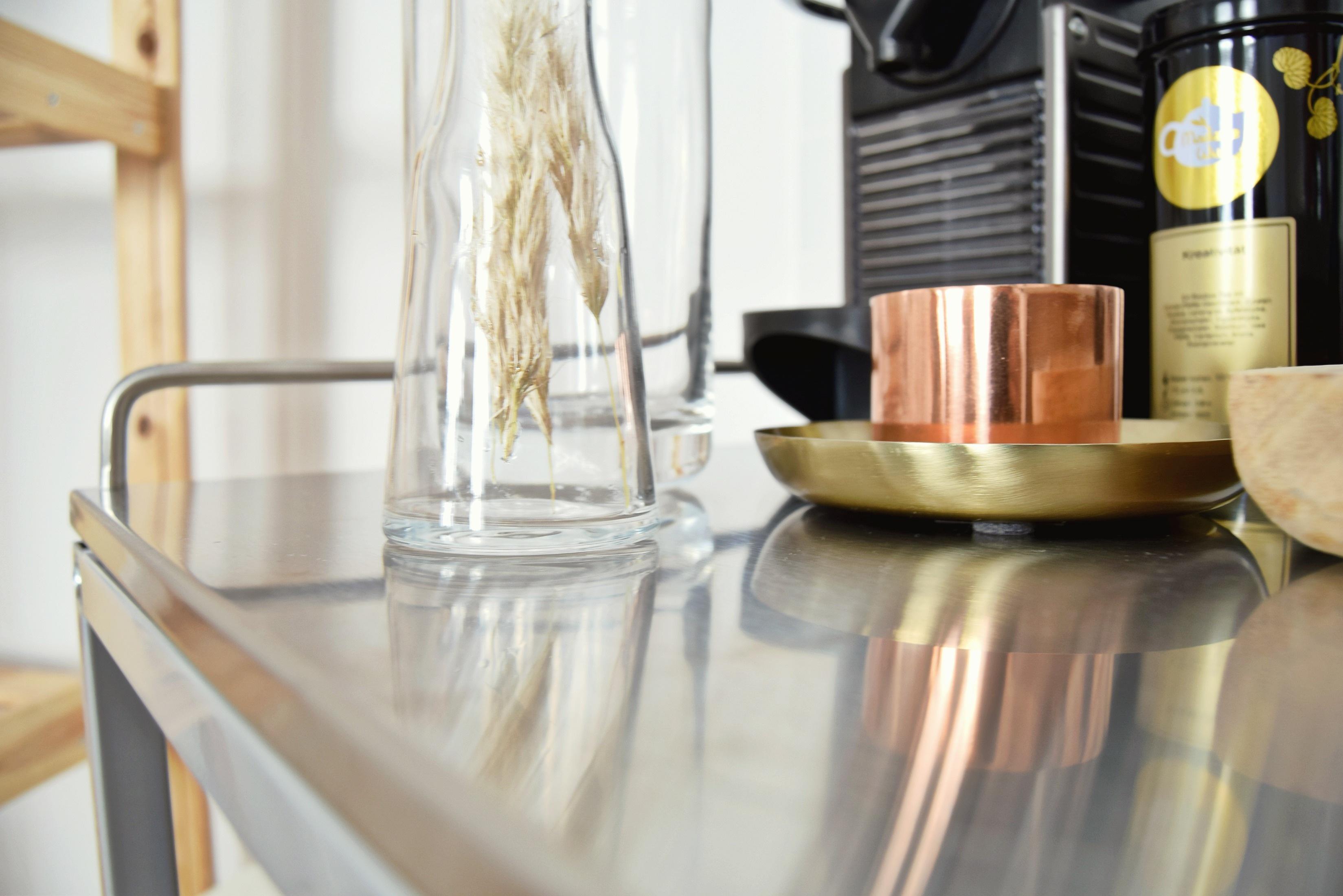 Fotos gratis mesa restaurante comida mueble - Iluminacion habitacion ...