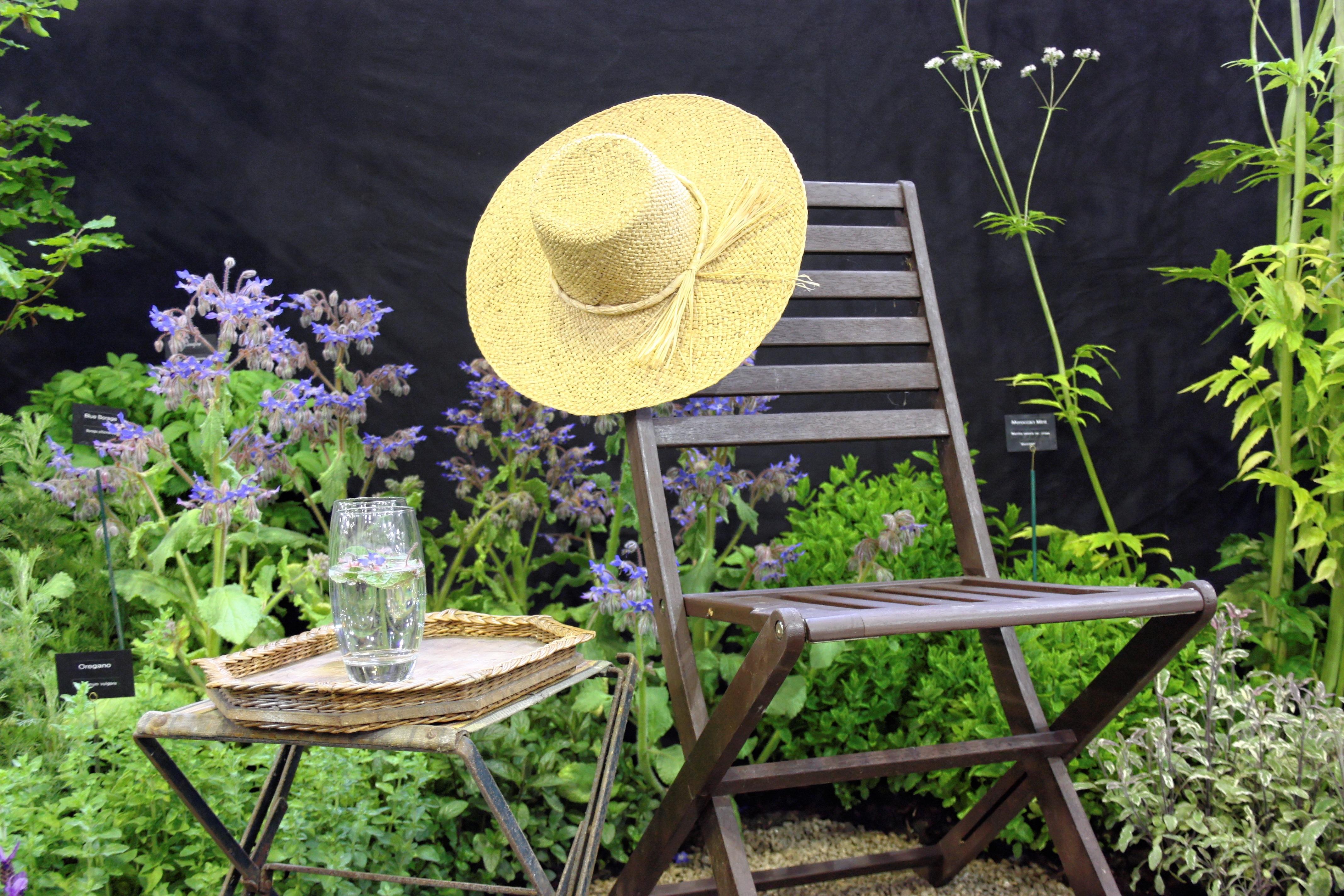 Fotos gratis : mesa, Retro, flor, linda, verano, patio interior ...
