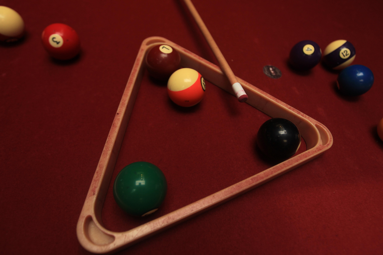 Kostenlose foto : Tabelle, spielen, Erholung, Schwimmbad, Gestell ...