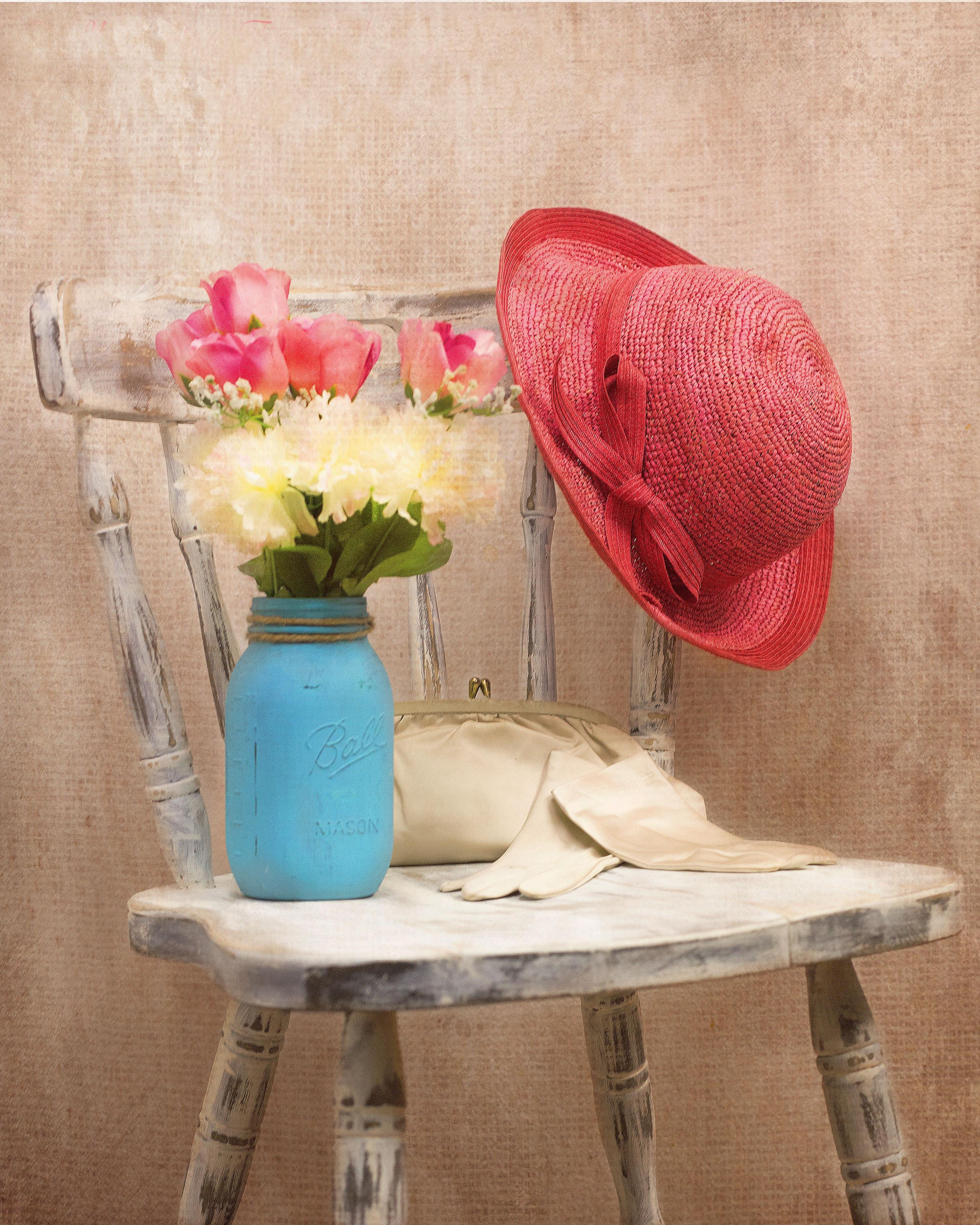 ba52eda5a4b58 mesa vendimia flor silla color sombrero mueble habitación rosado pintura  Flores diseño de interiores textil estilo