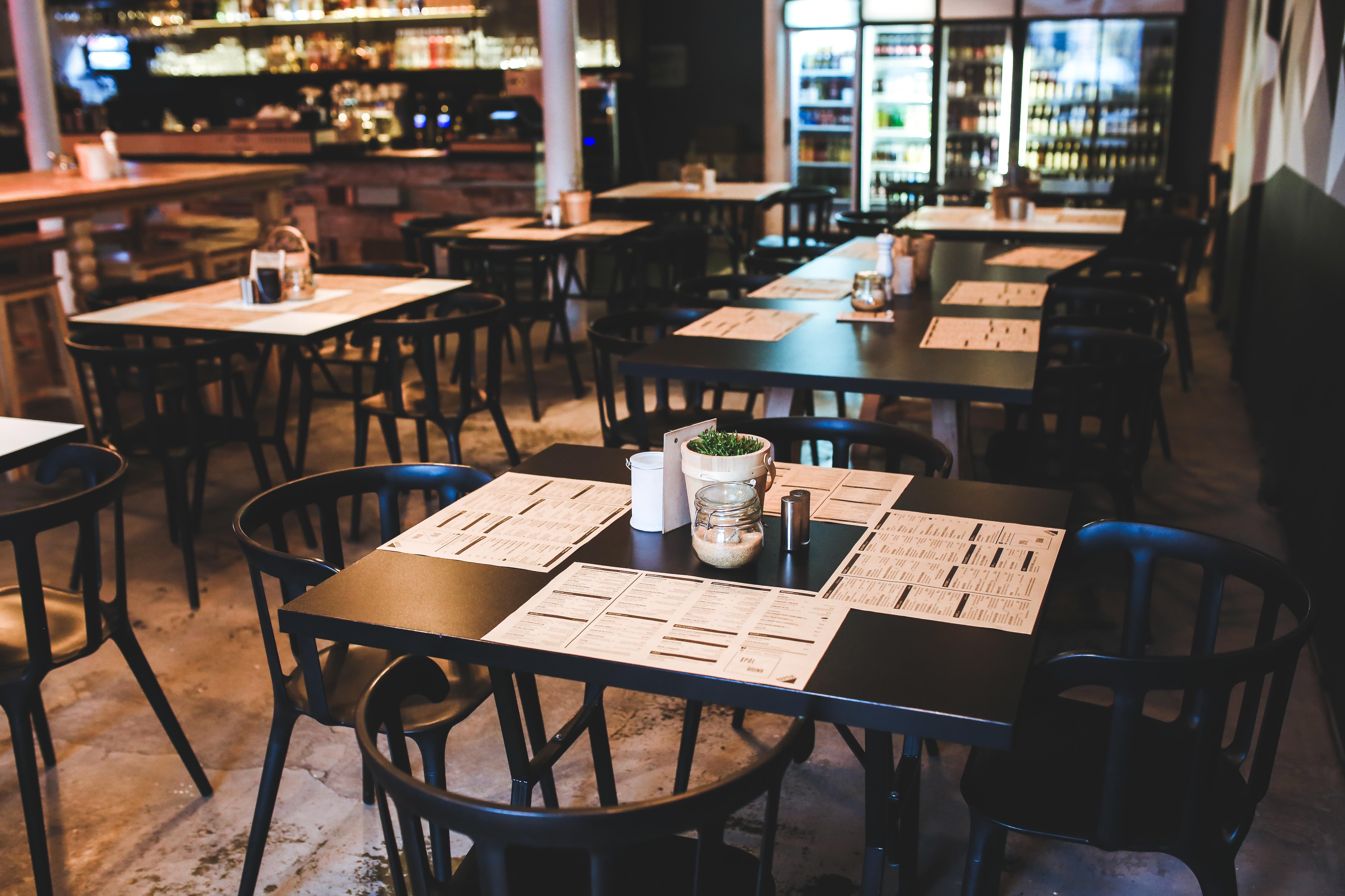 Gambar Meja Vintage Retro Kursi Pedalaman Restoran Bar Menu