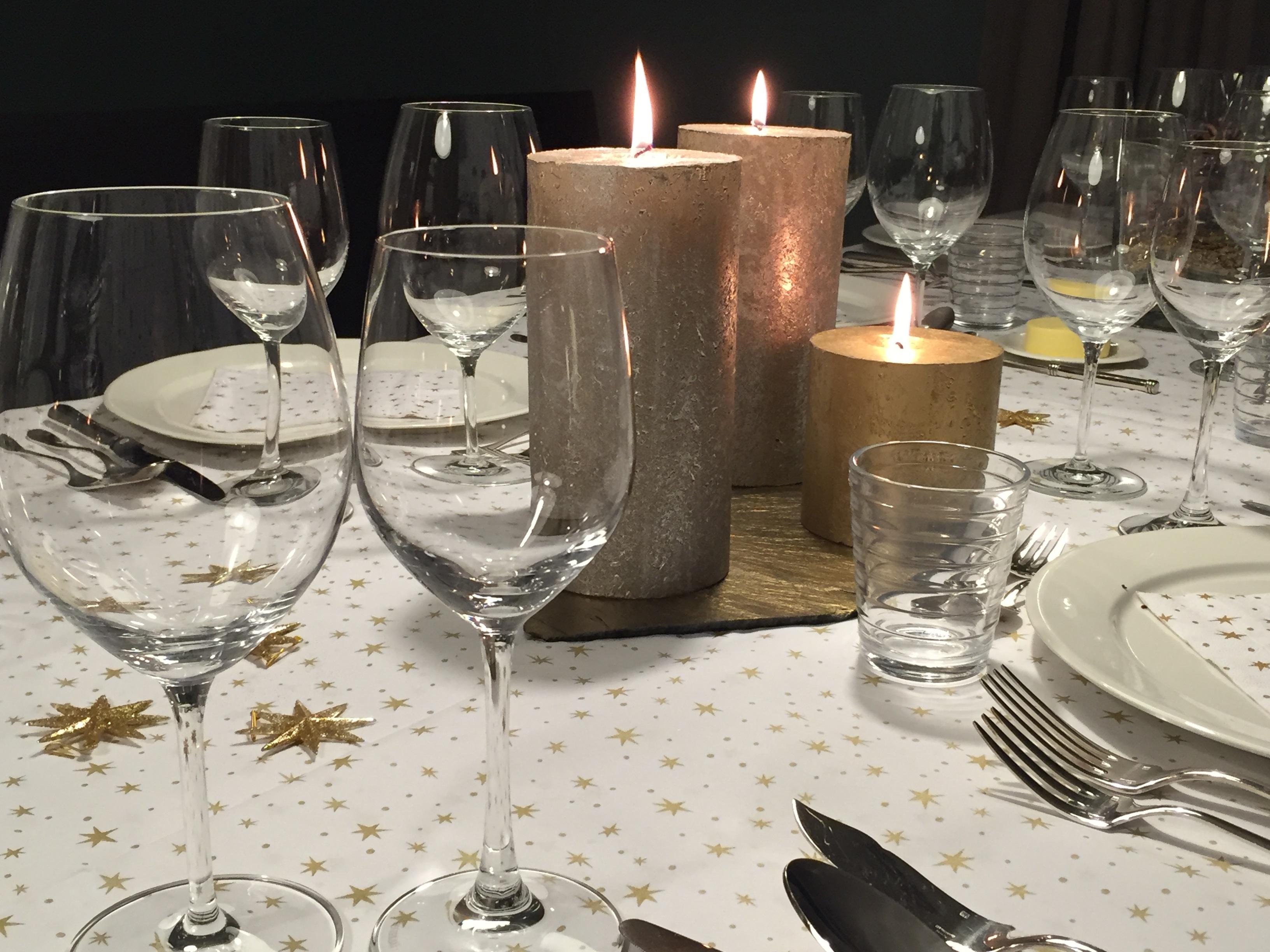 Images gratuites table du vin restaurant repas for Table a cafe en verre