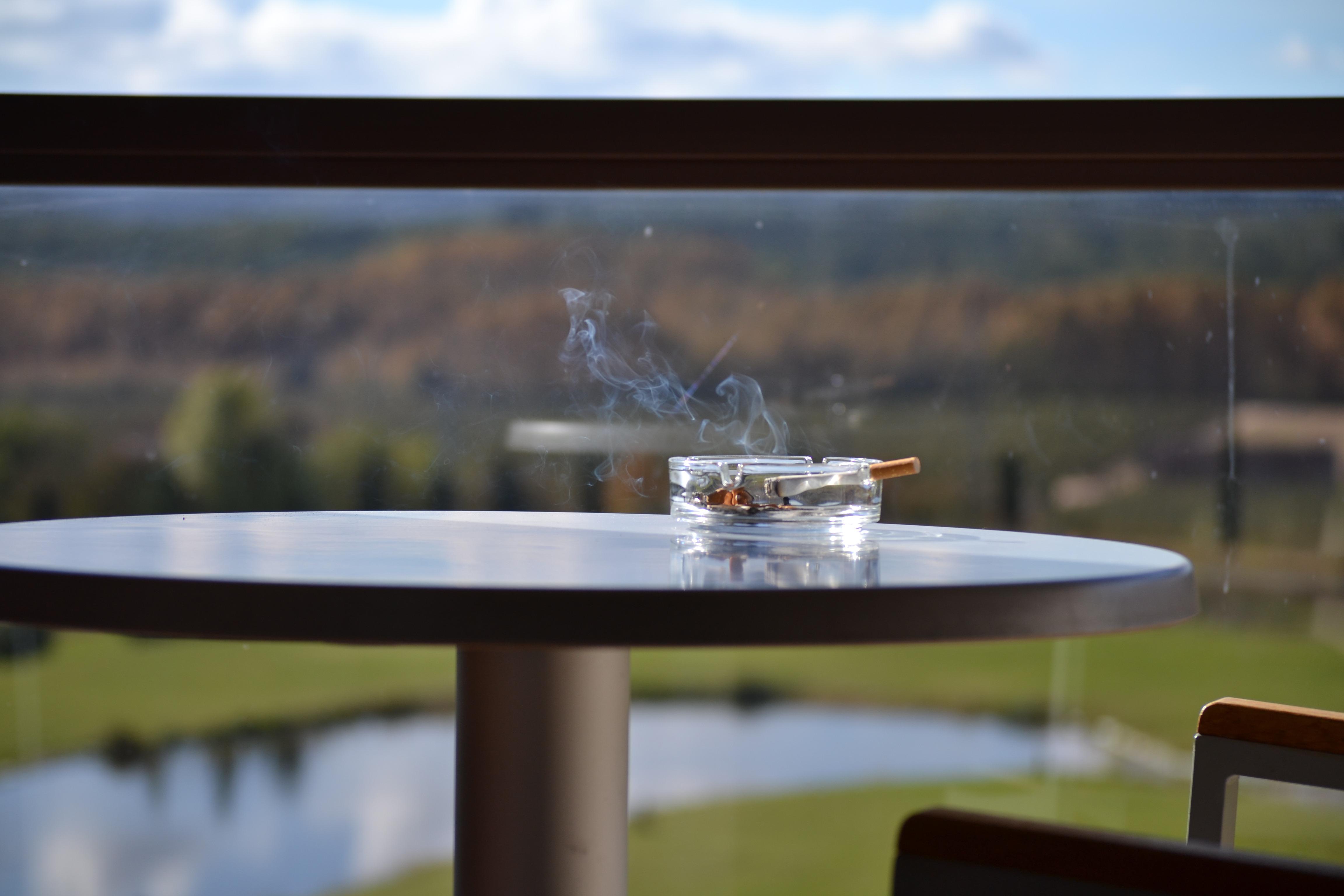 Tabelle Holz Boot Zuhause Rauchen Balkon Betrachtung Fahrzeug Entspannen  Sie Sich Urlaub Möbel Entwurf Gestalten