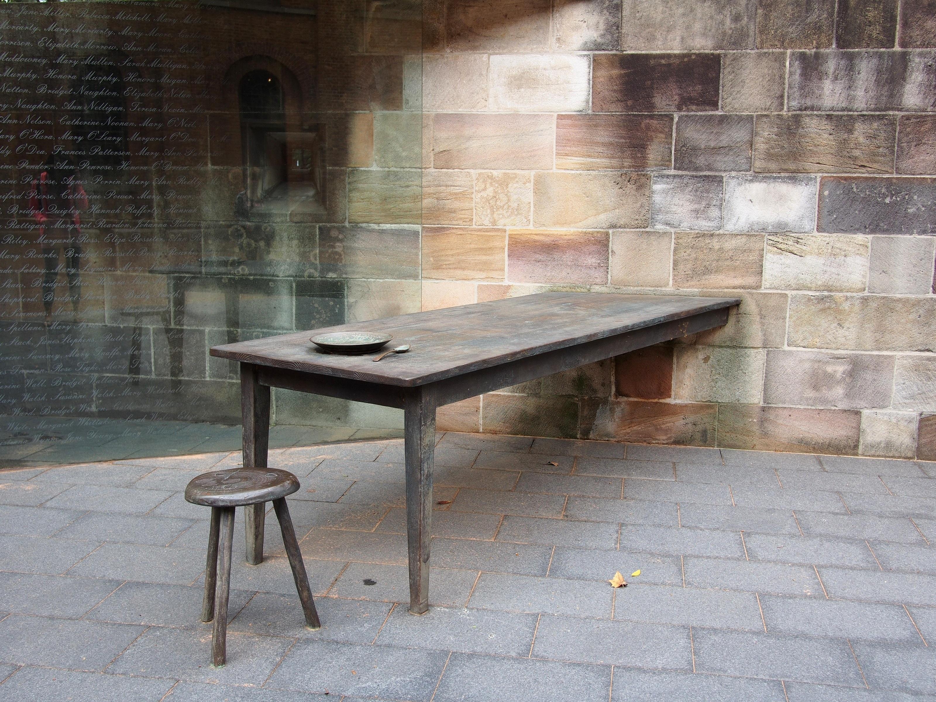 Steen In Interieur : Gratis afbeeldingen : tafel hout stoel verdieping meubilair