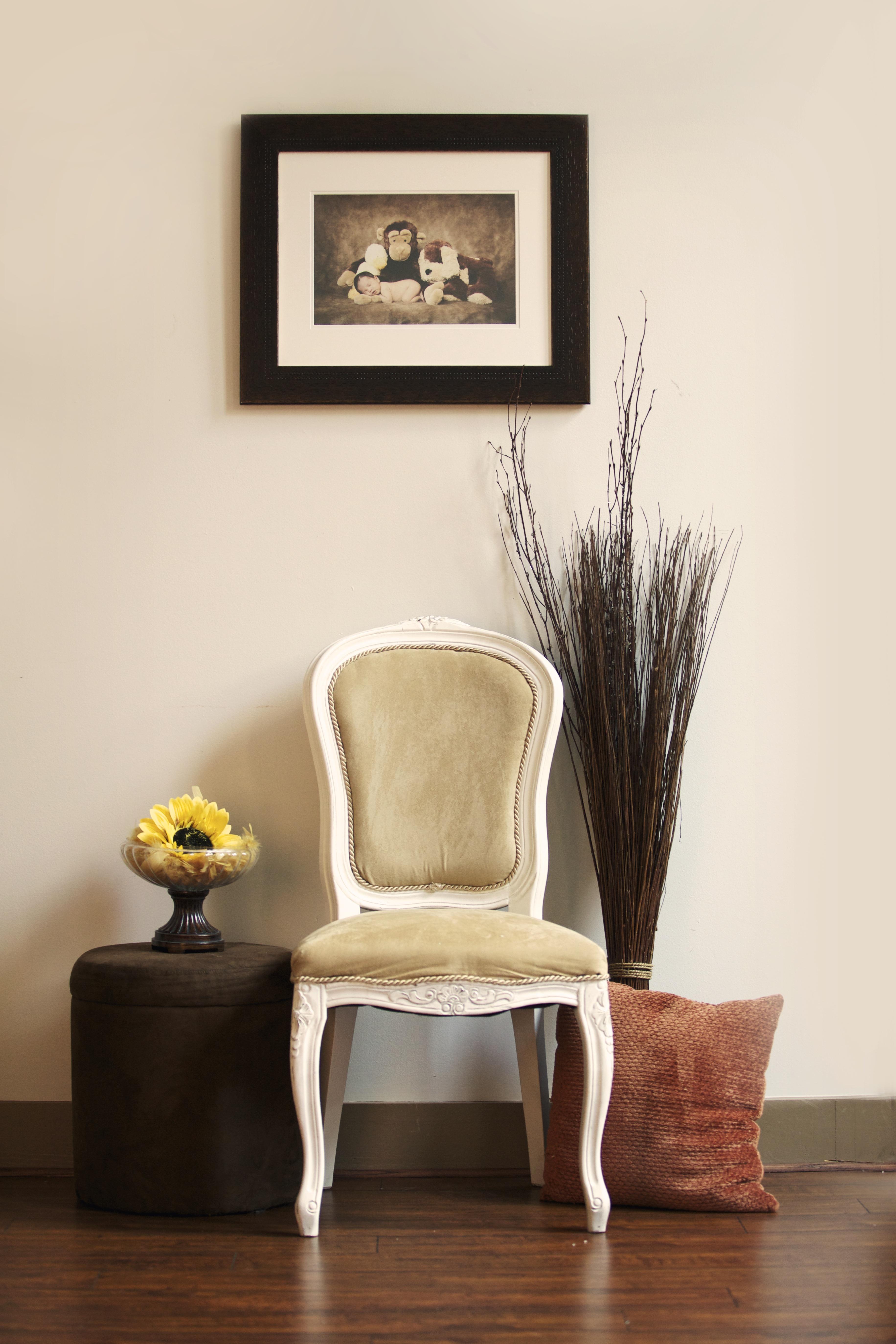 Fotos Gratis Mesa Madera Silla Piso Asiento Interior Pared  ~ Decoracion Pared Salon Original