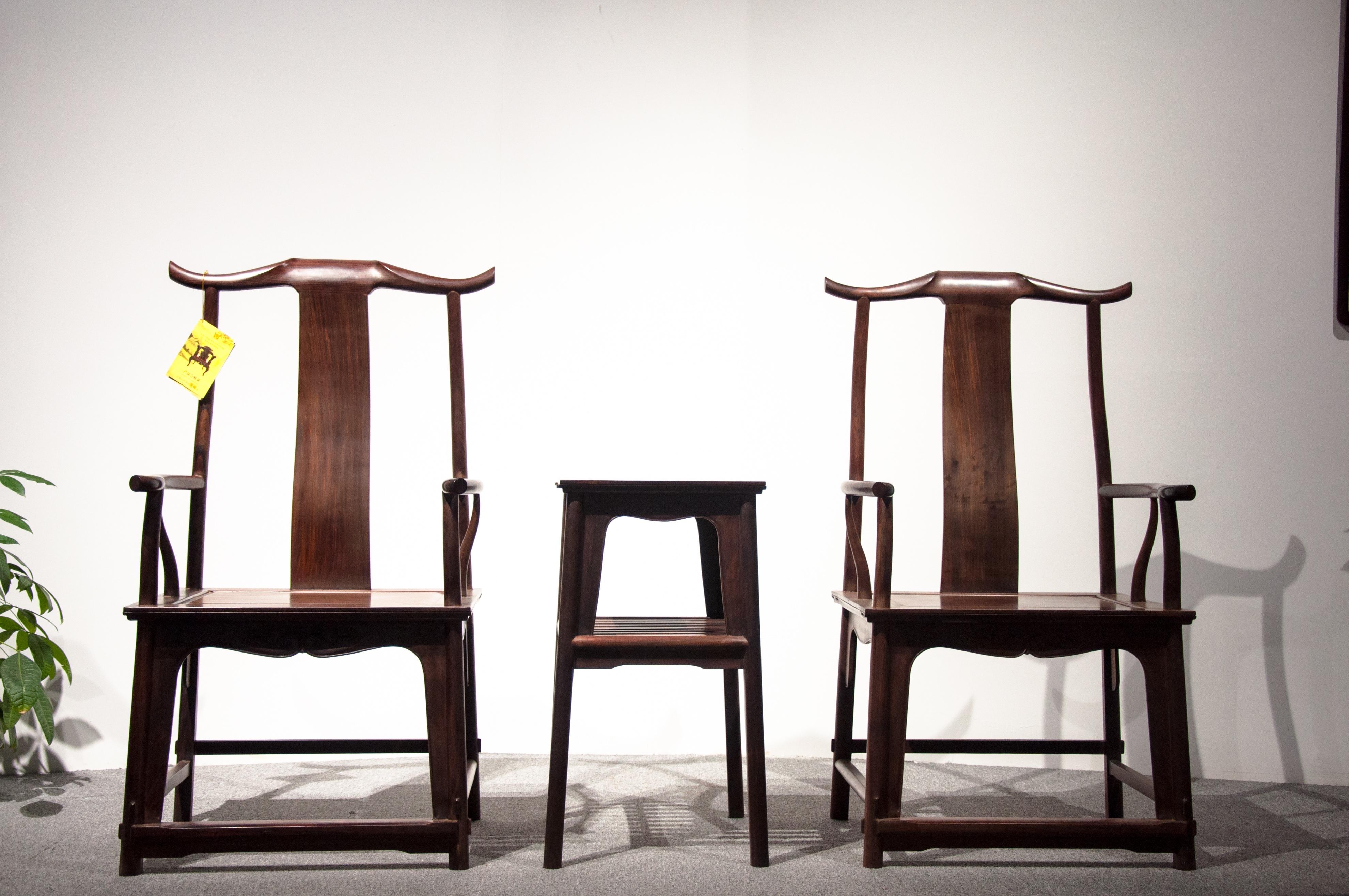 Fotos gratis : mesa, madera, silla, mueble, secoya, diseño, Sillones ...