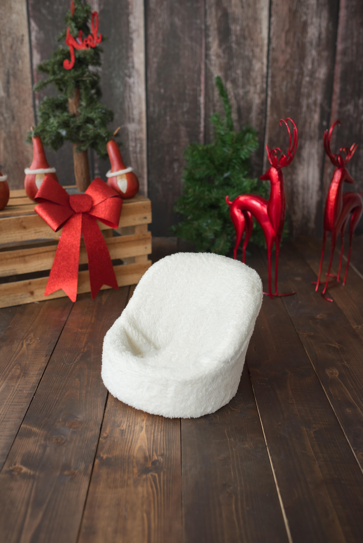 Fotos gratis mesa madera flor silla piso rojo for Decoracion navidad piso pequeno