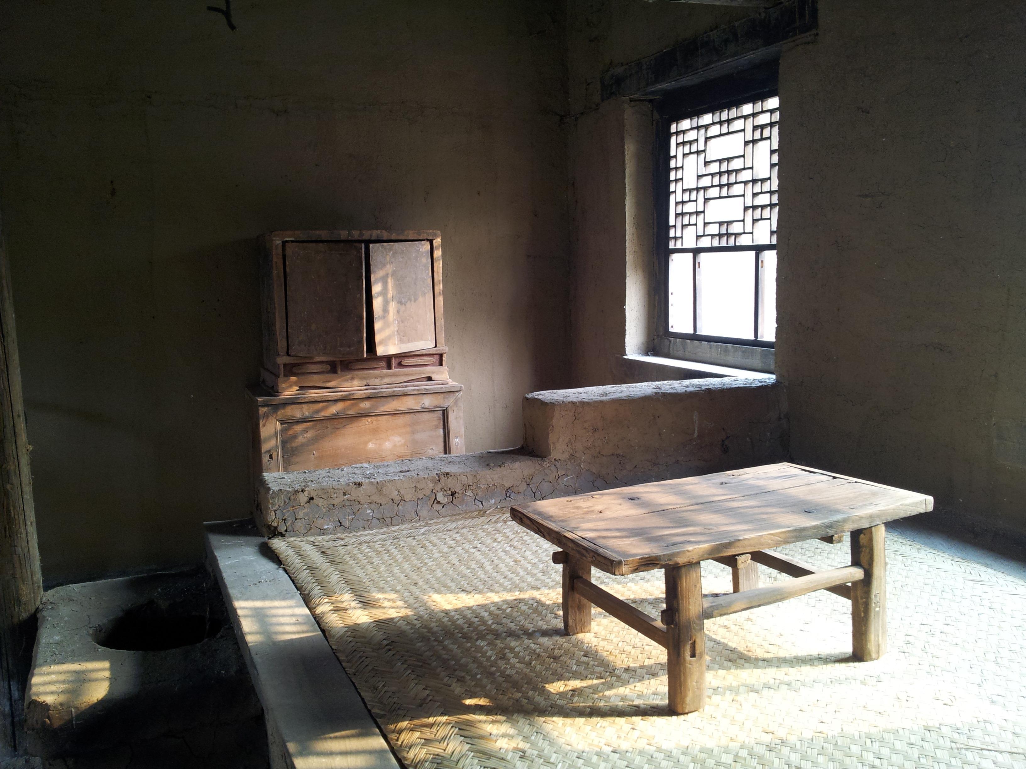 fotos gratis mesa madera silla piso edificio antiguo pueblo cabana propiedad sala