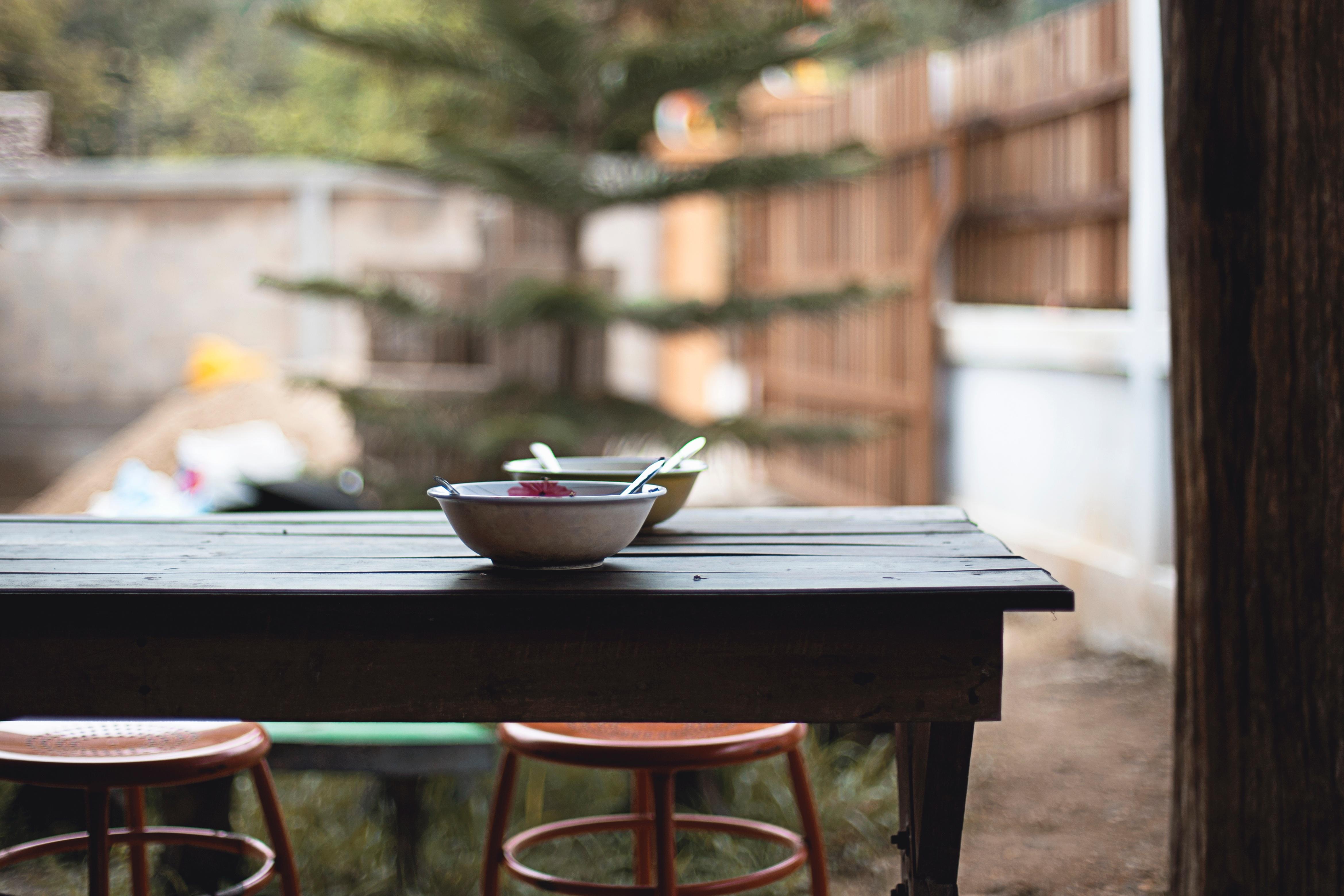 Kostenlose foto : Tabelle, Holz, Restaurant, Zuhause, Mahlzeit ...