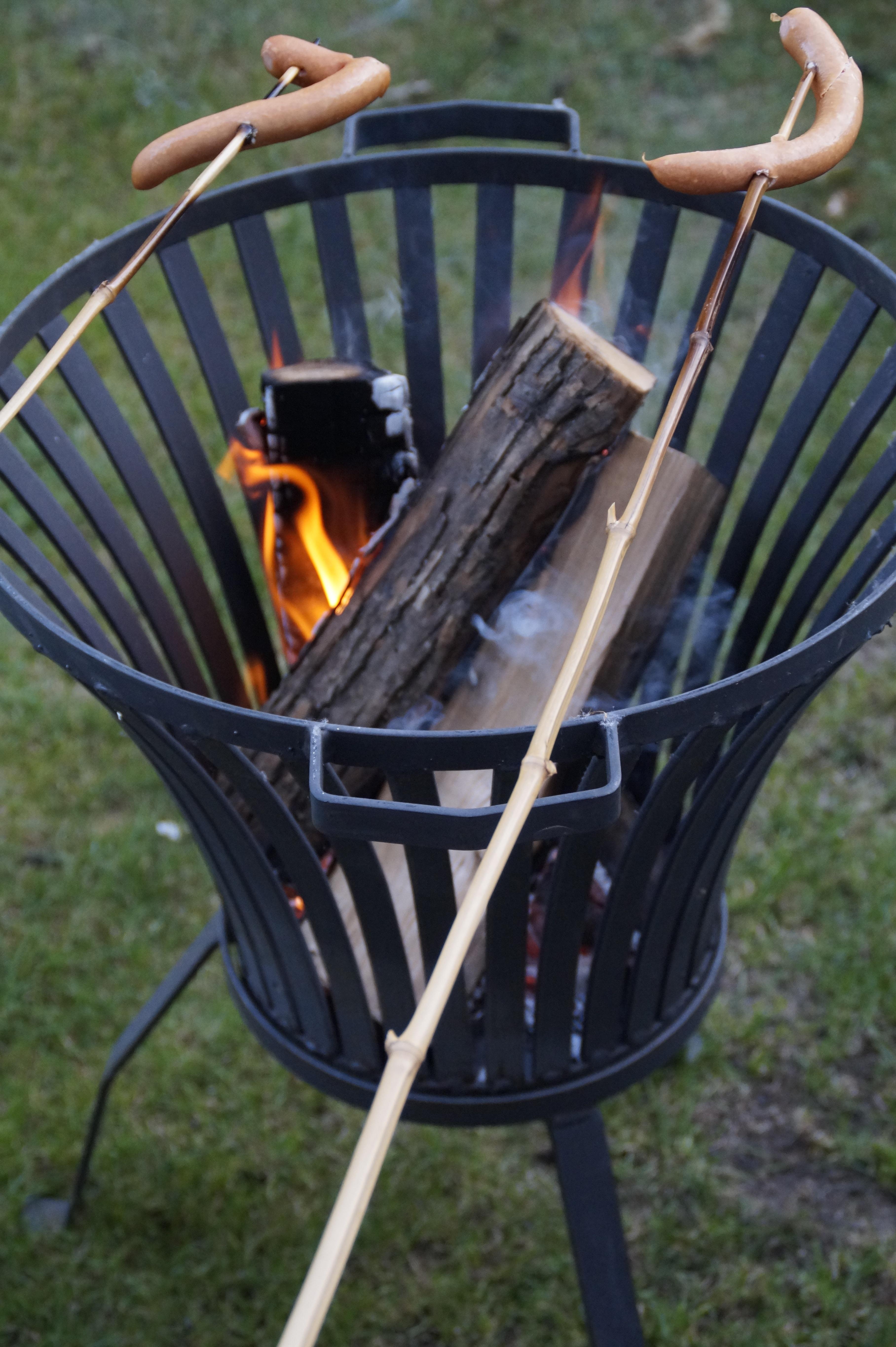 무료 이미지 : 표, 목재, 바퀴, 카트, 의자, 난로, 가구, 캠프 불 ...