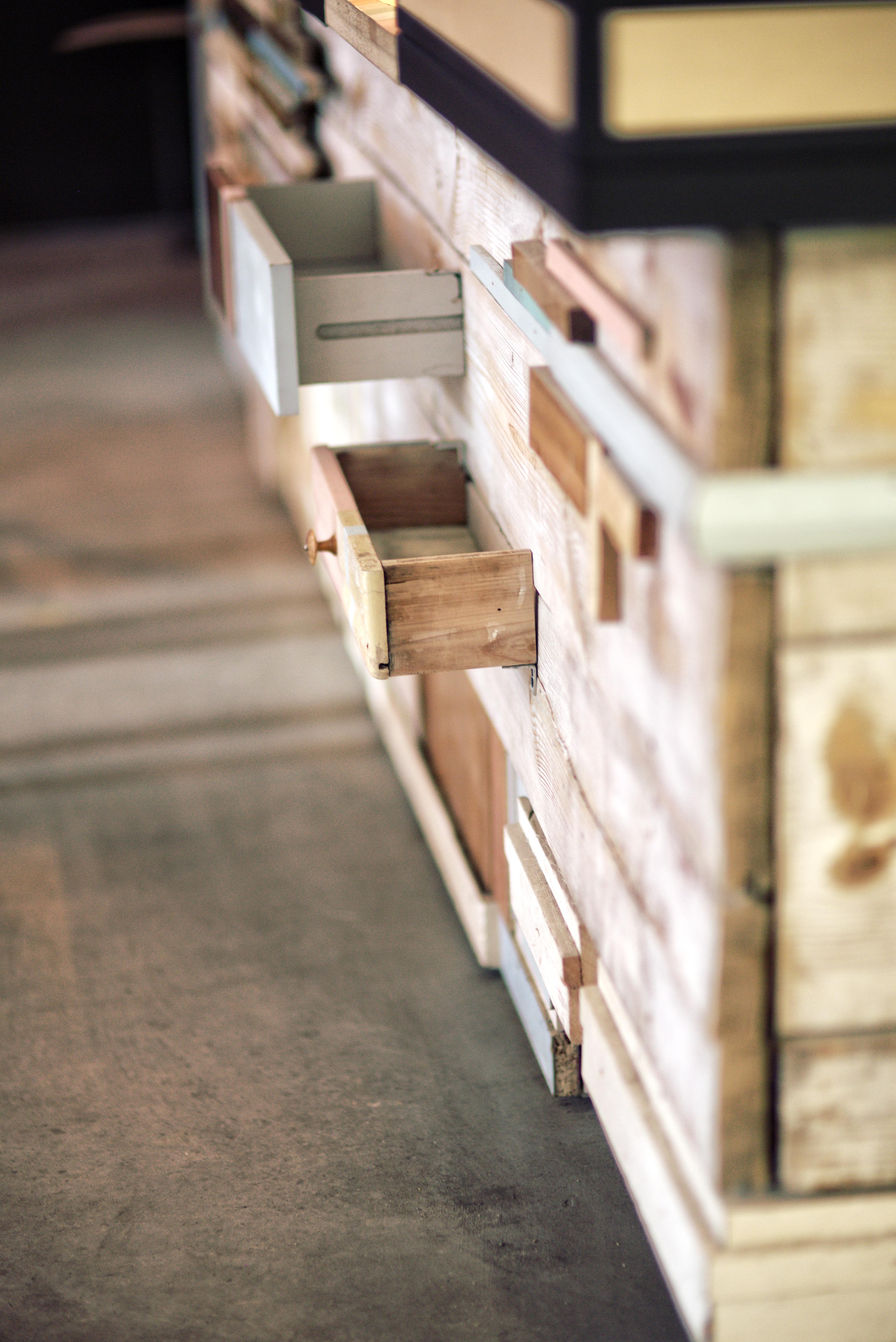 Kostenlose foto : Tabelle, Holz, Weiß, Haus, Stock, Innere, Zuhause ...
