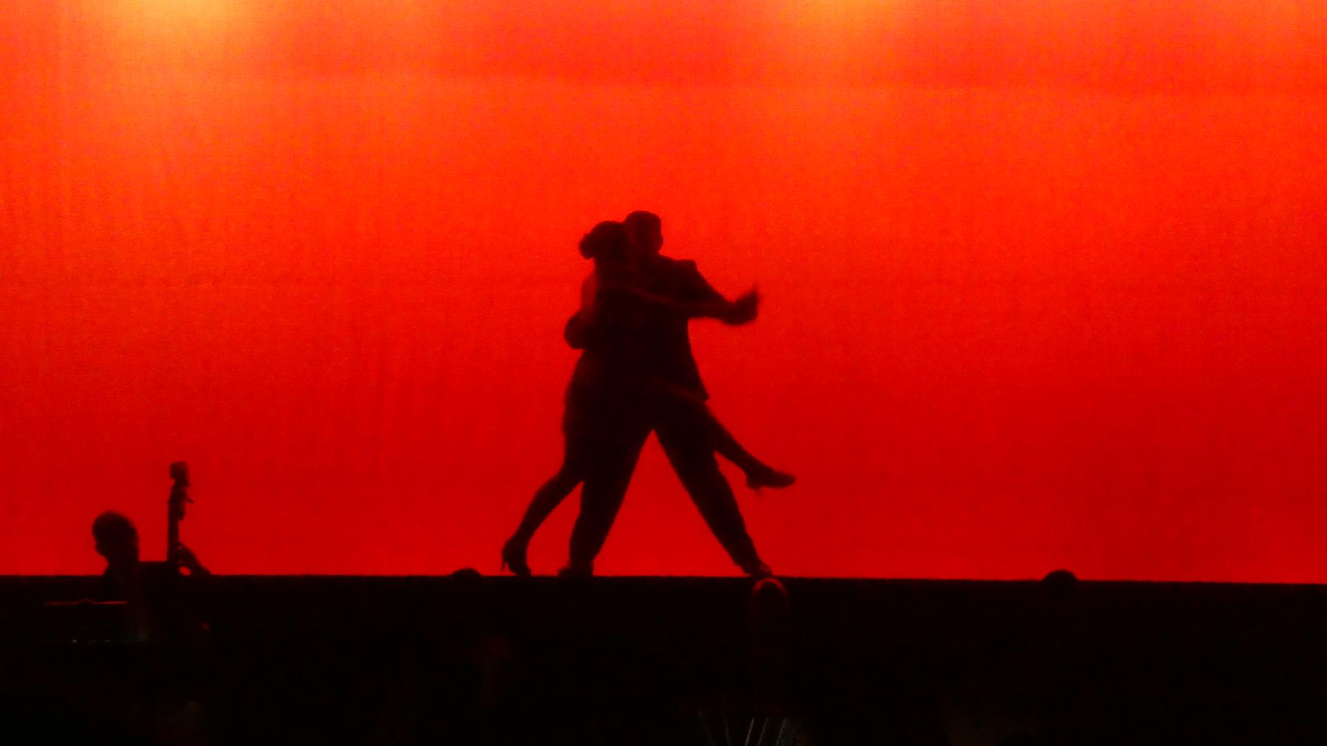 Gambar Tango Merah Hiburan Bayangan Hitam Seni Drama Langit