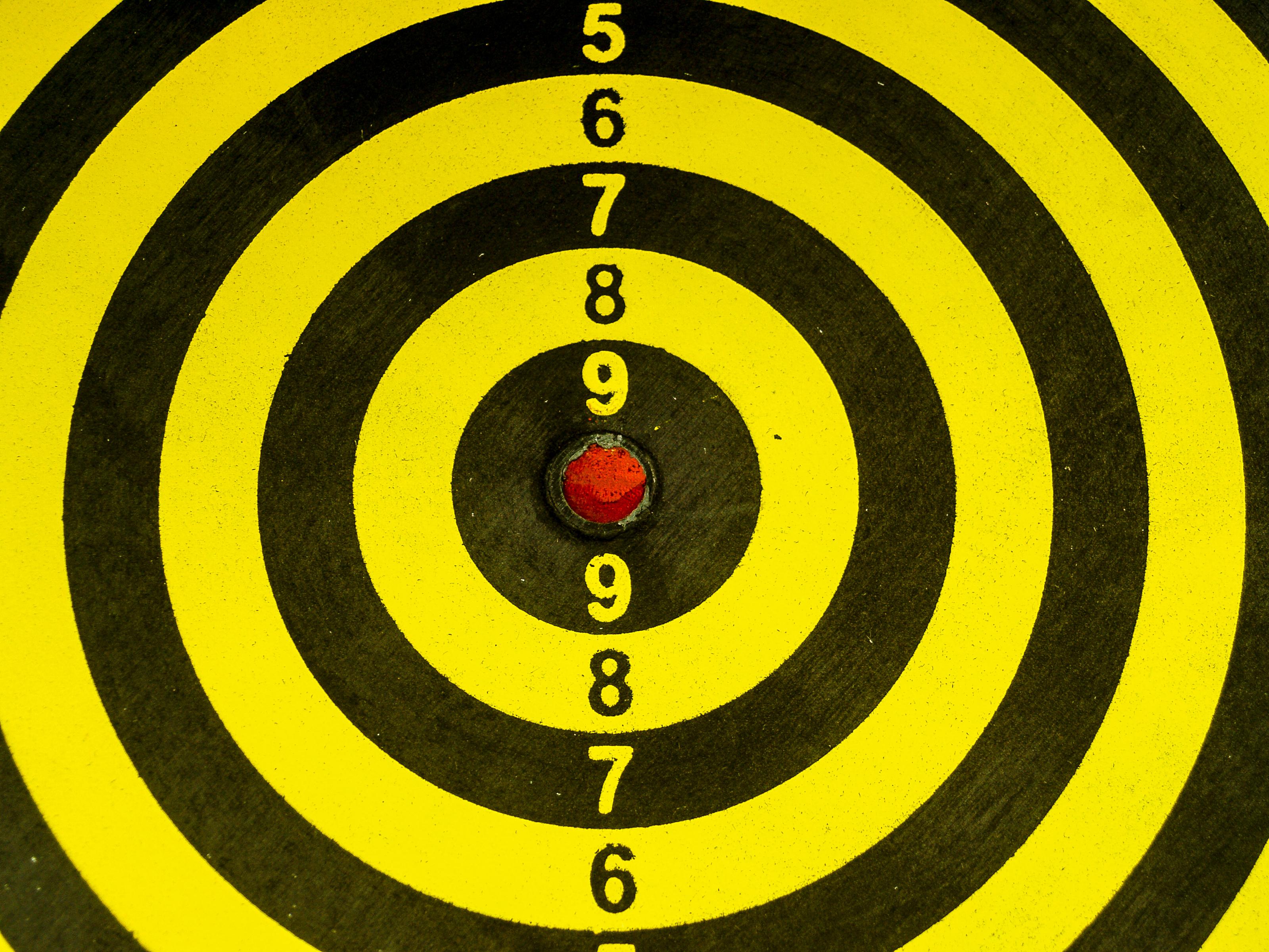 free images   dartboard  board  dart  game  center  sport