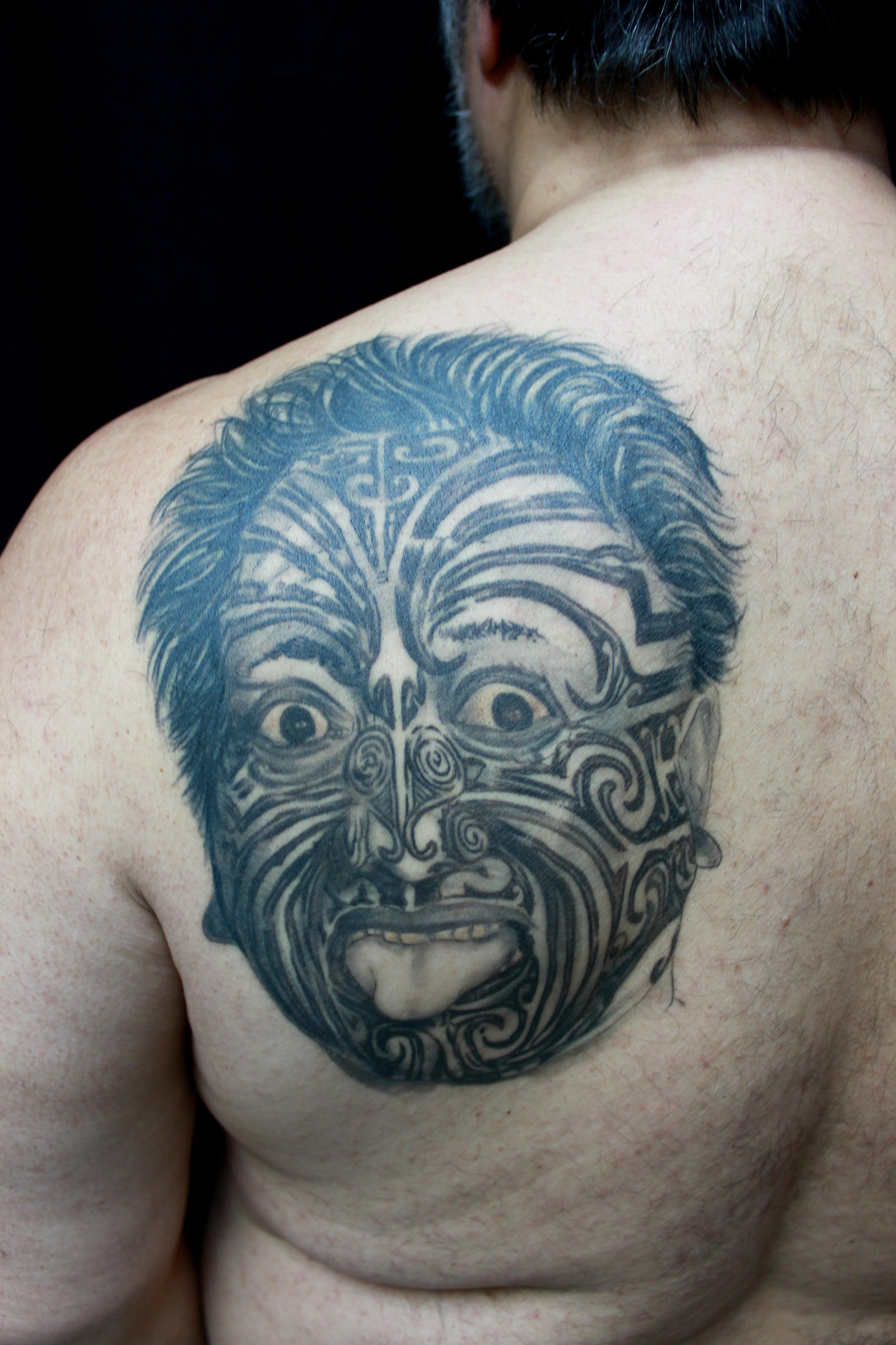 ilmaisia kuvia tatuointi k sivarsi rinta ihmiskehon kasvot p elin maori mene. Black Bedroom Furniture Sets. Home Design Ideas