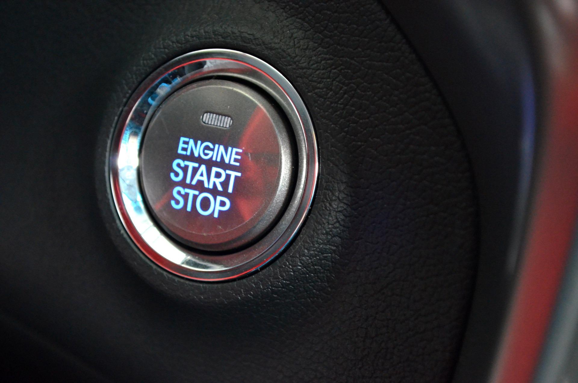 Fotos gratis : tecnología, rueda, vehículo, volante, coche deportivo ...