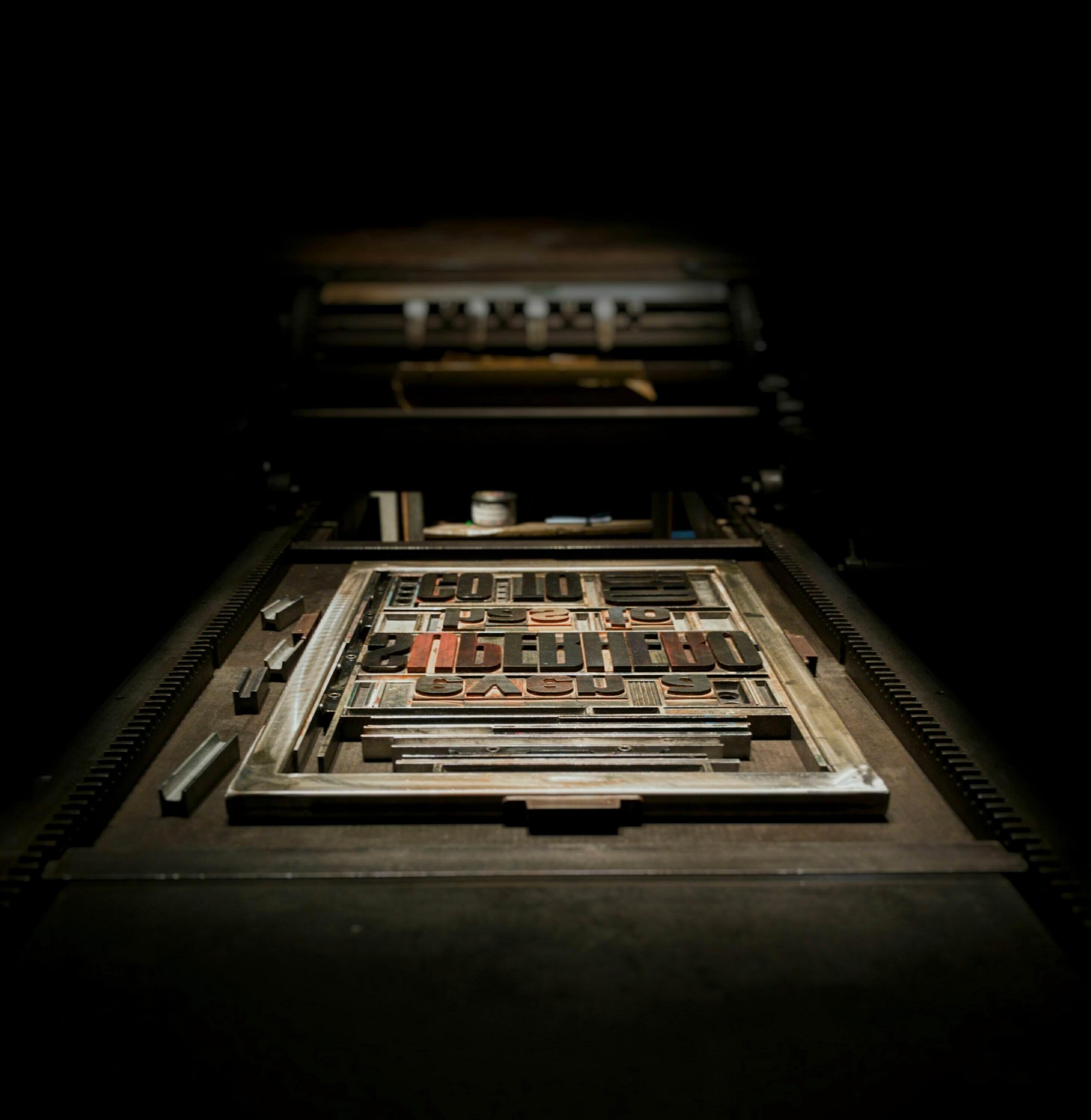 Fotos gratis : tecnología, número, marco, oscuridad, industria ...