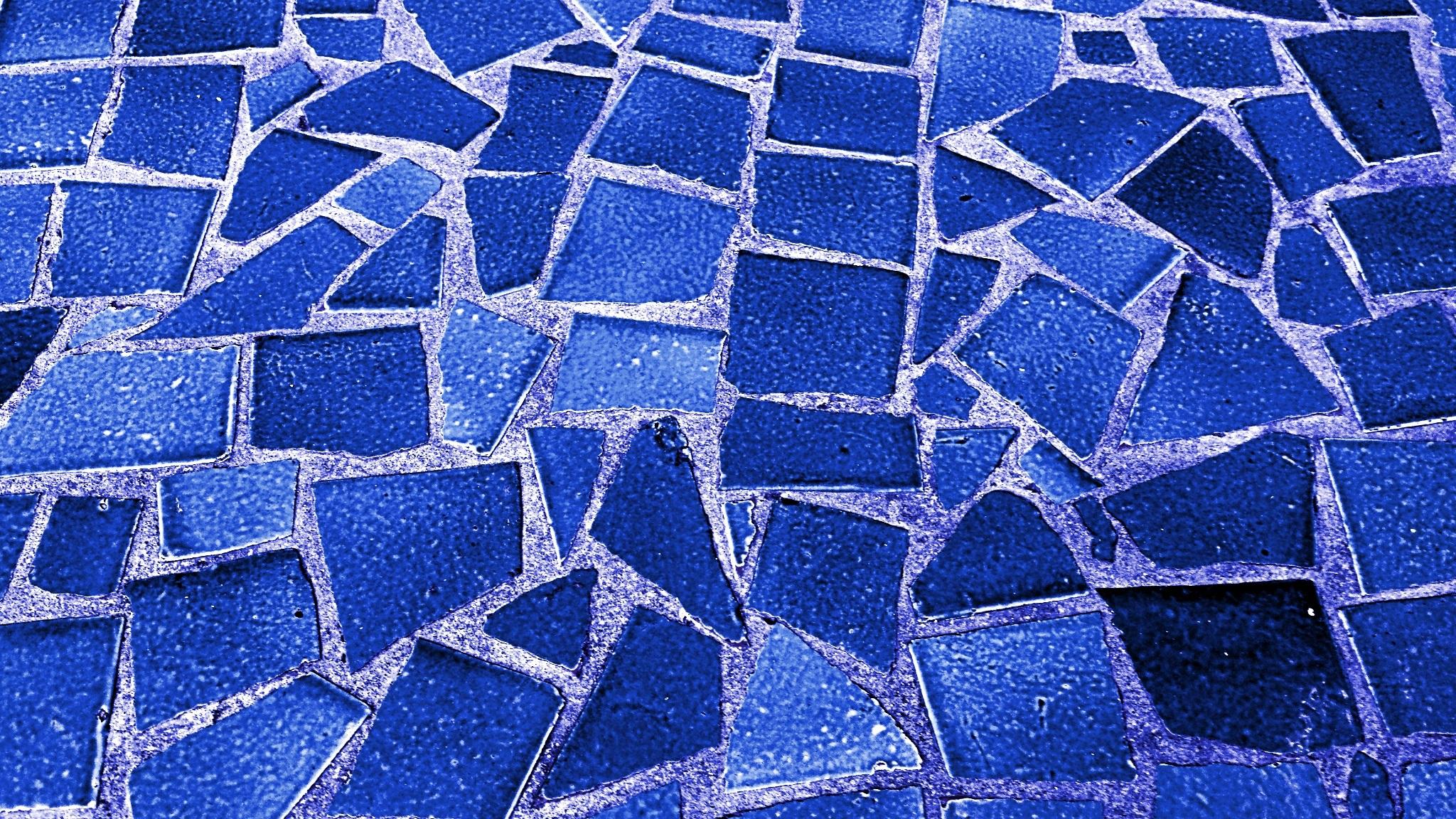 Keramik Kamar Mandi Biru Laut