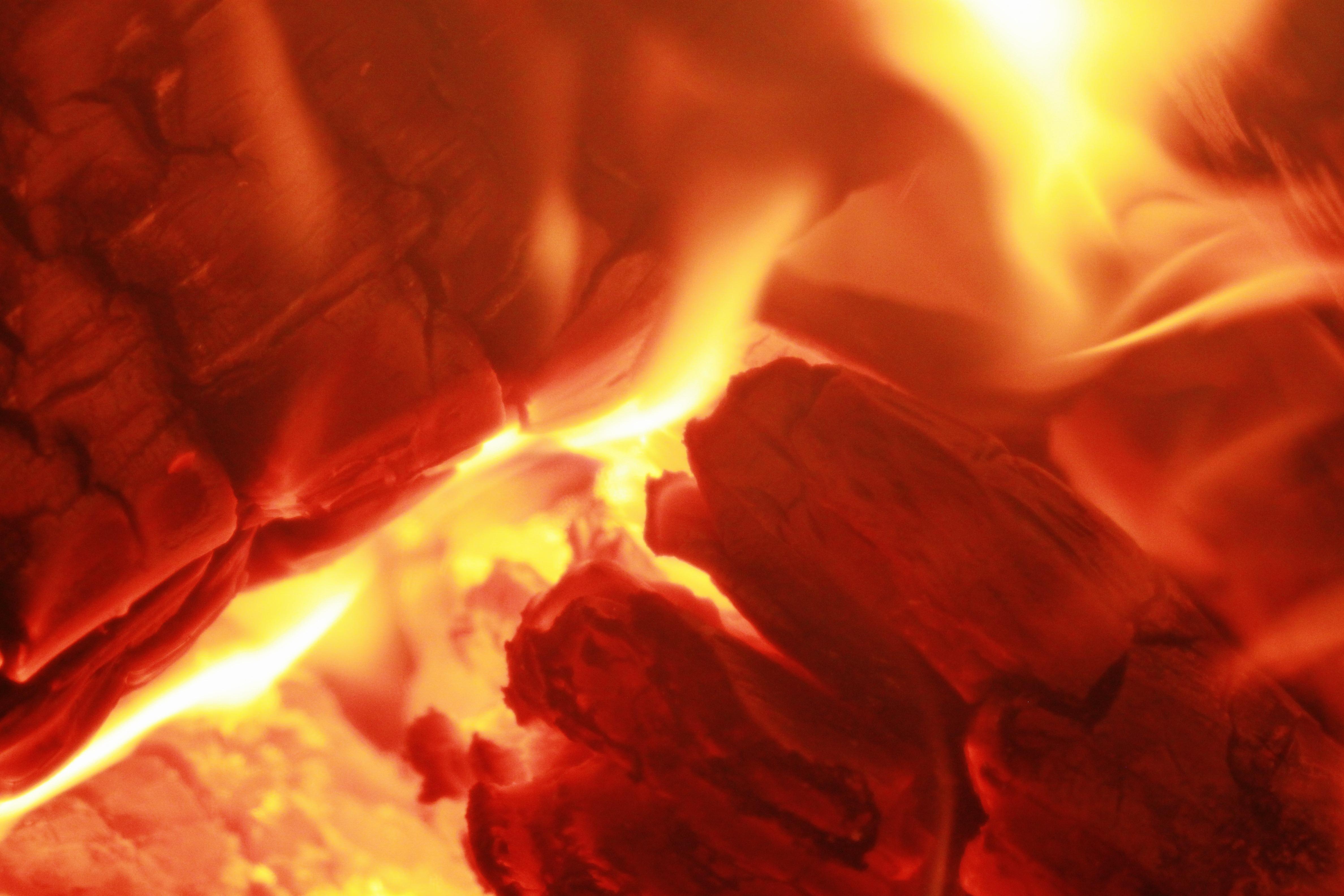 Fotos gratis : textura, rojo, llama, chimenea, calor ...