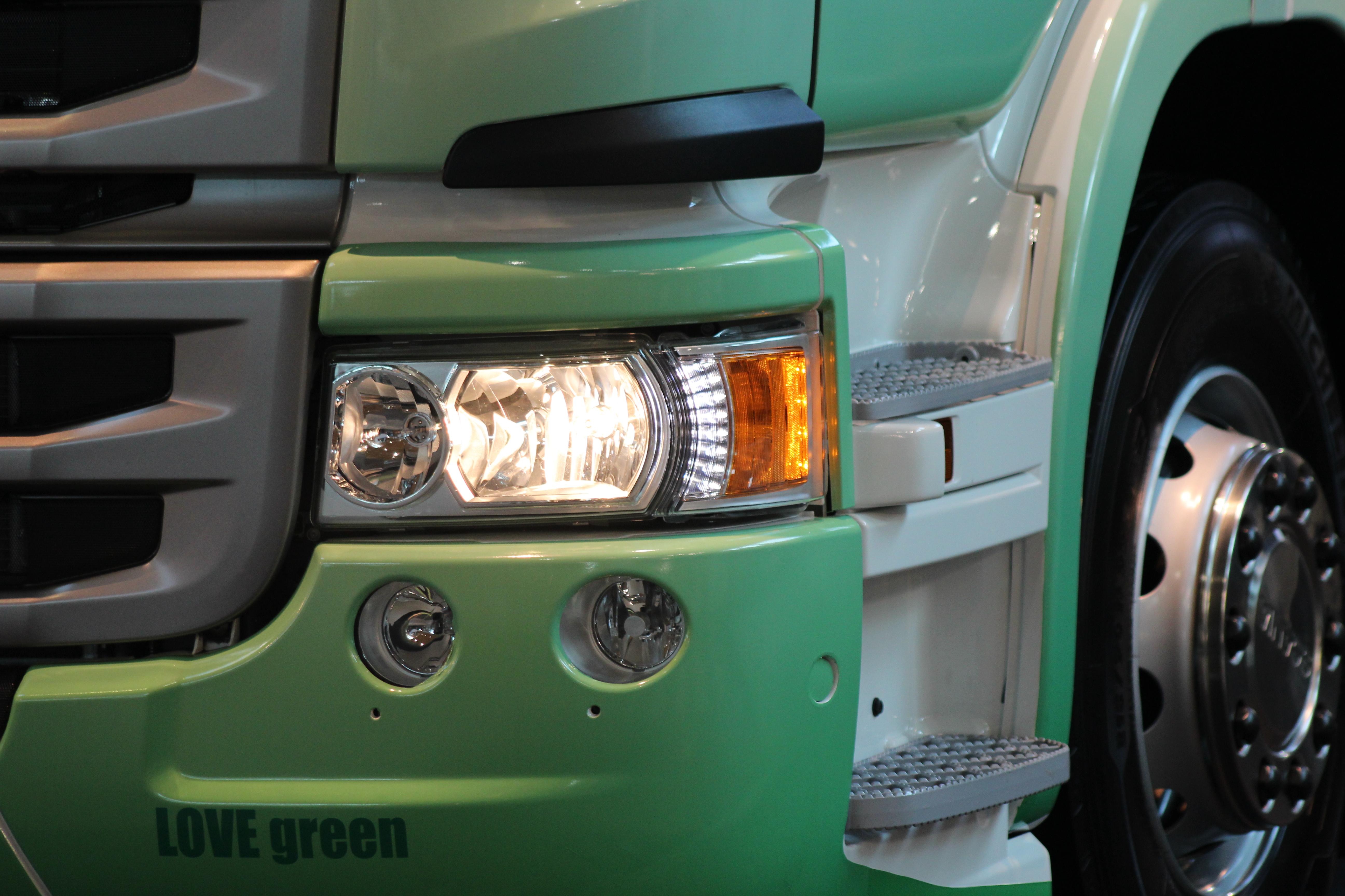 Immagini Belle Pneumatico Camion Leggero Freccia Verde