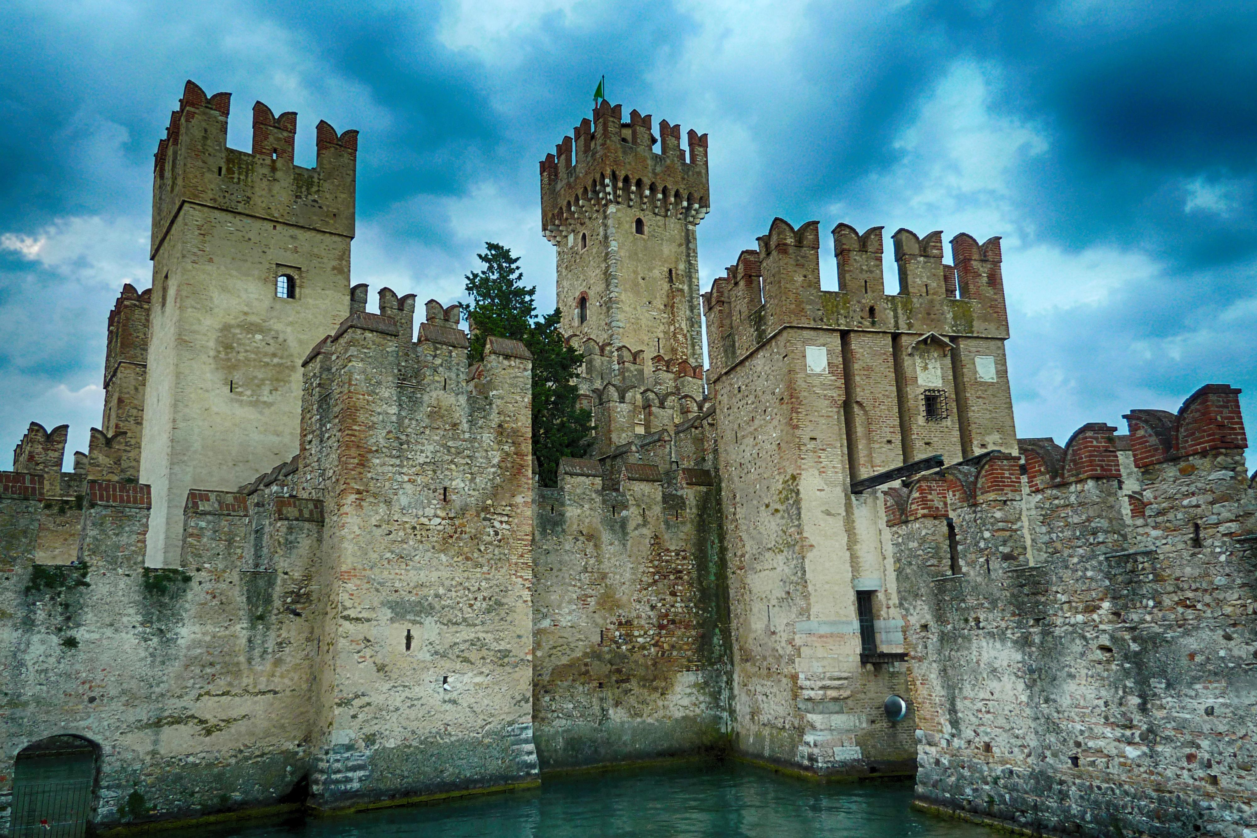 картинка рыцарского замка в средние века ждешь судьбы