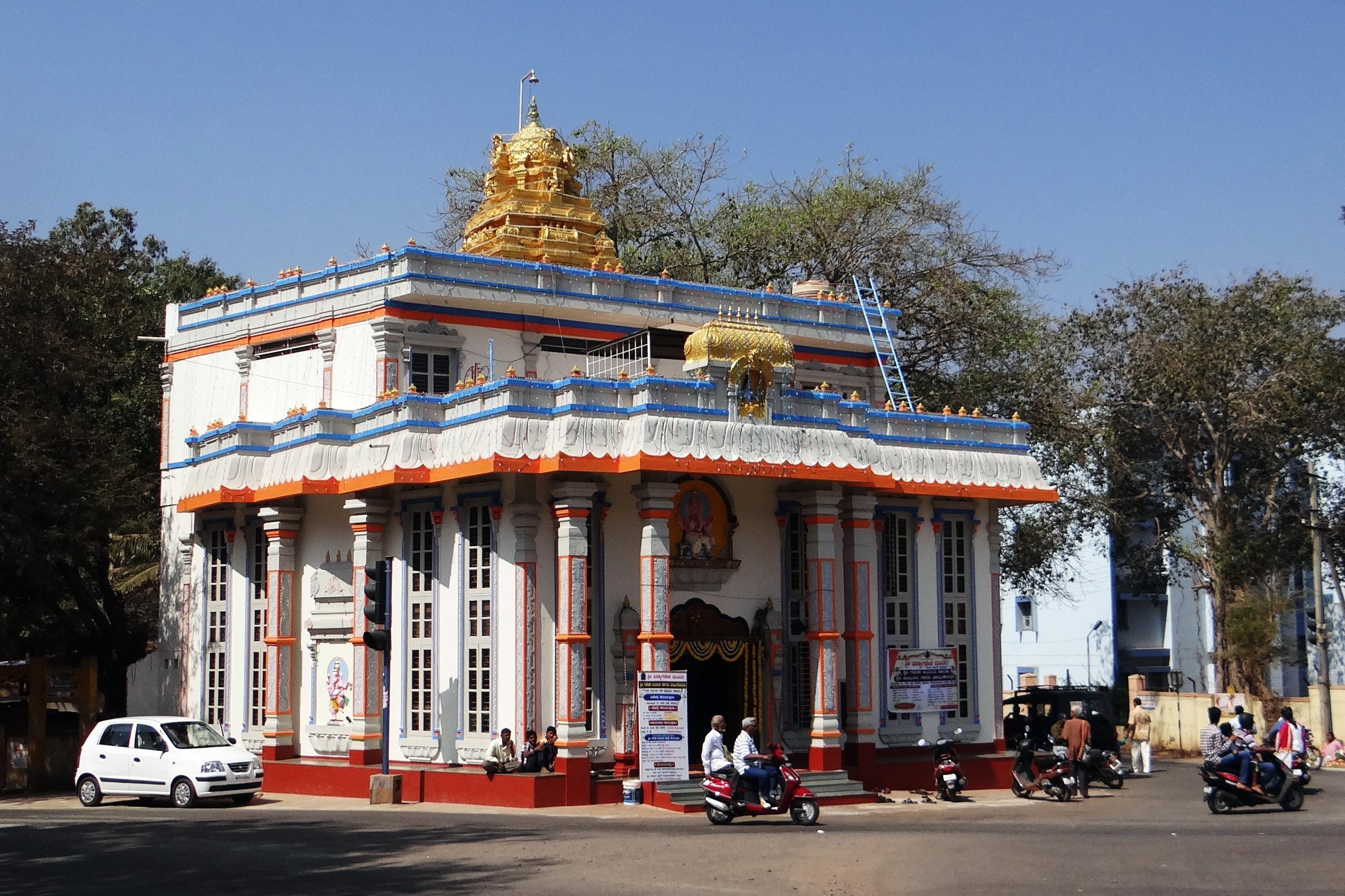 hindu religious architecture essay