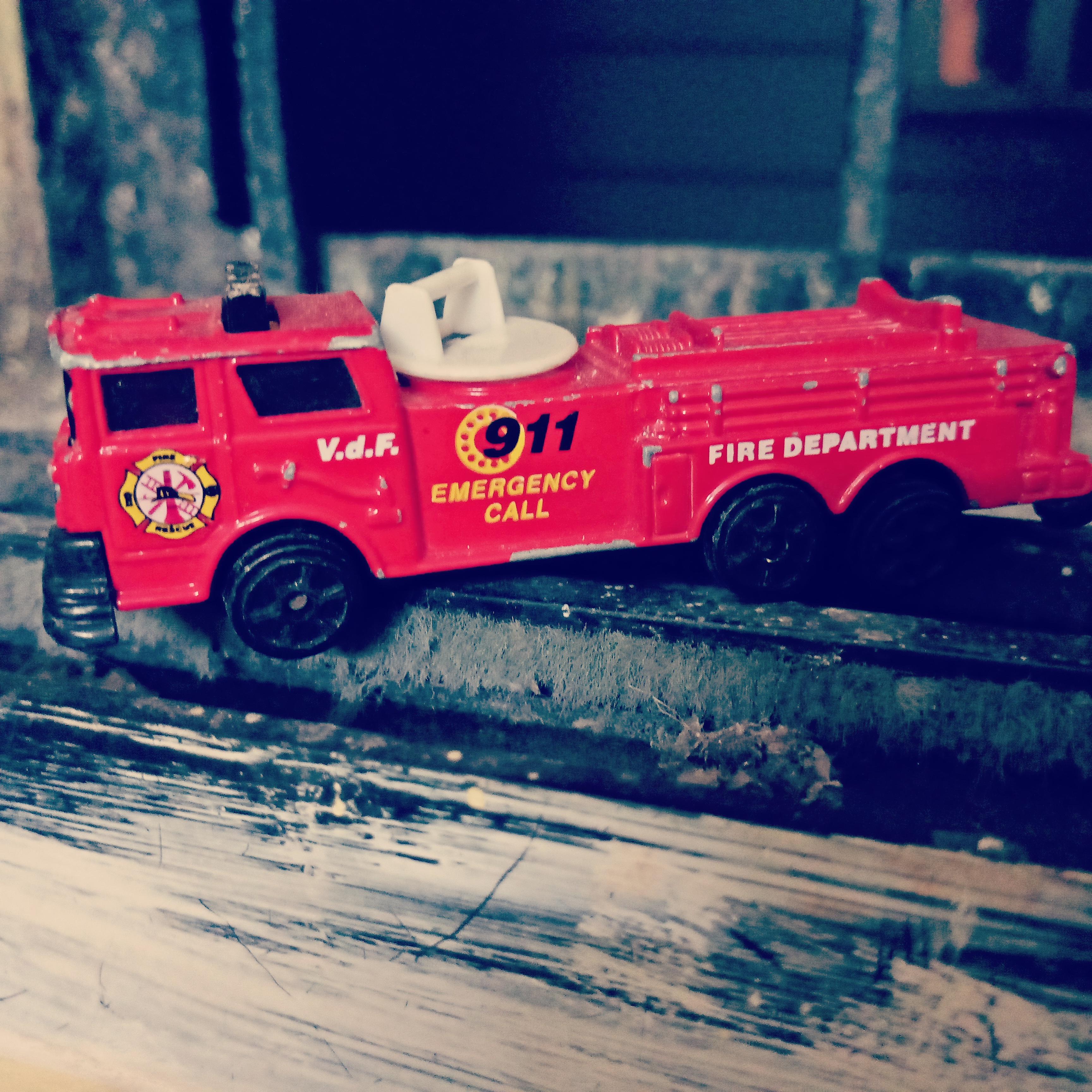 Images Gratuites Camion De Pompier Jouet De Couleur Rouge