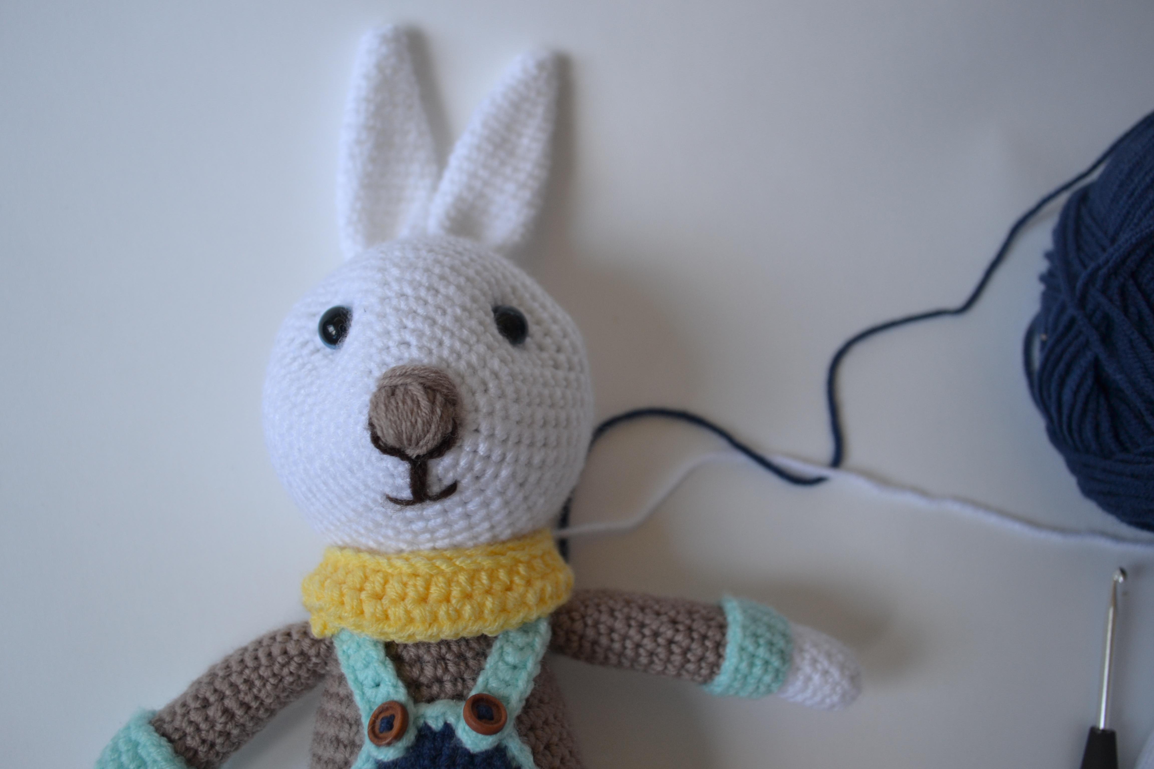 Fotos gratis : juguete, hilo, material, Conejo, producto, tejer ...