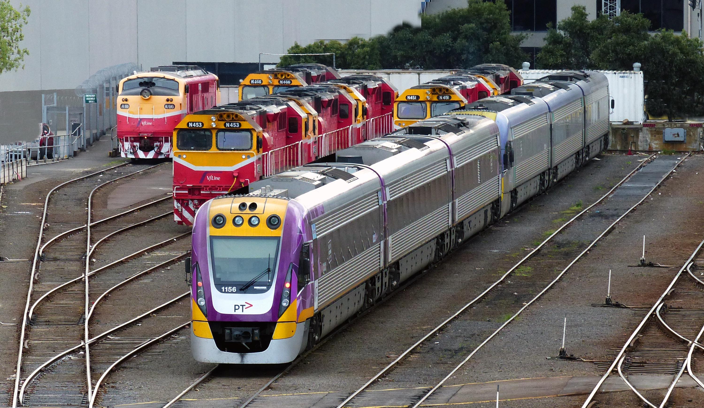 картинки поездов разных странах норвегии принято уступать