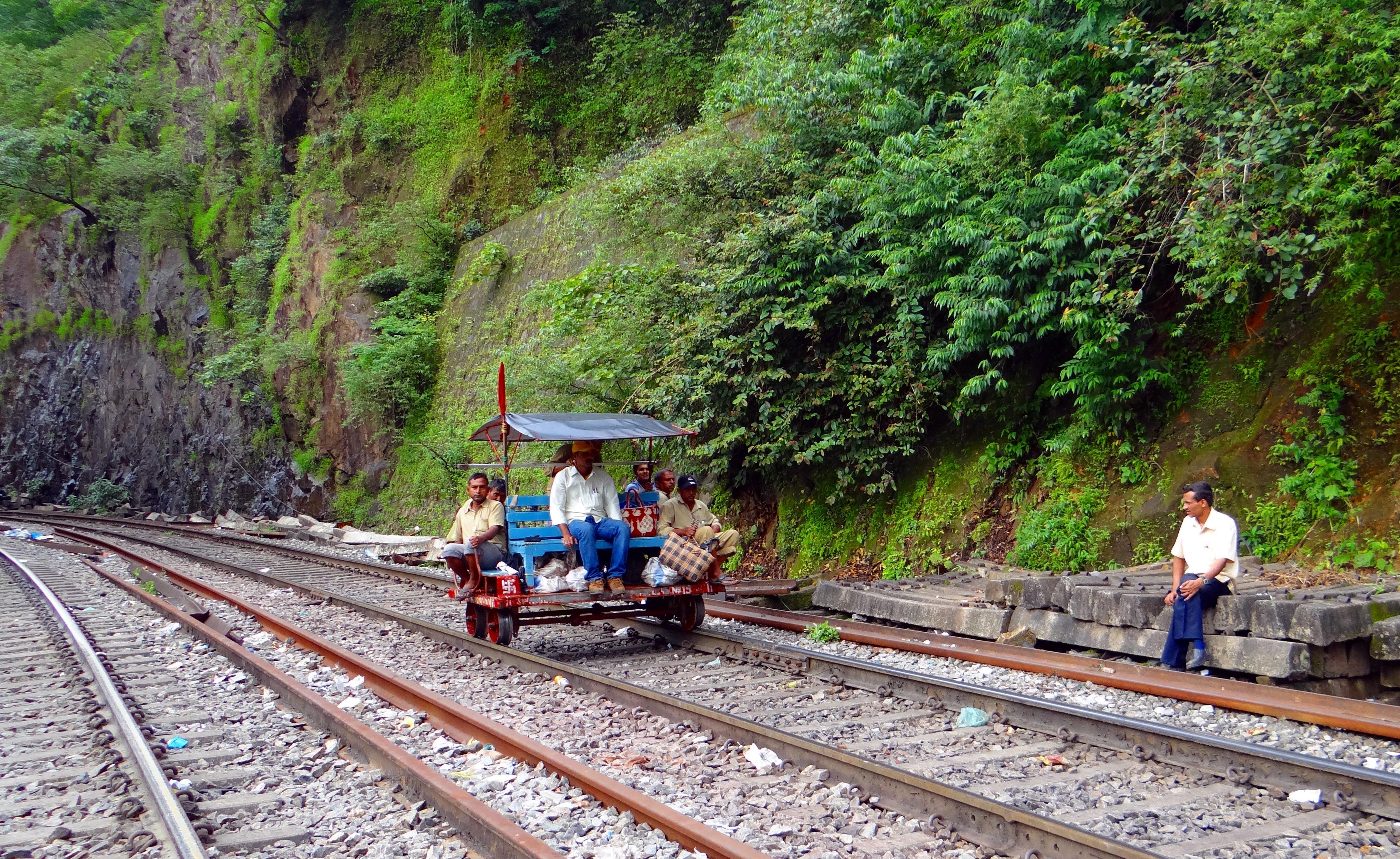 является фото горных железных дорог в индии выписал направление врач