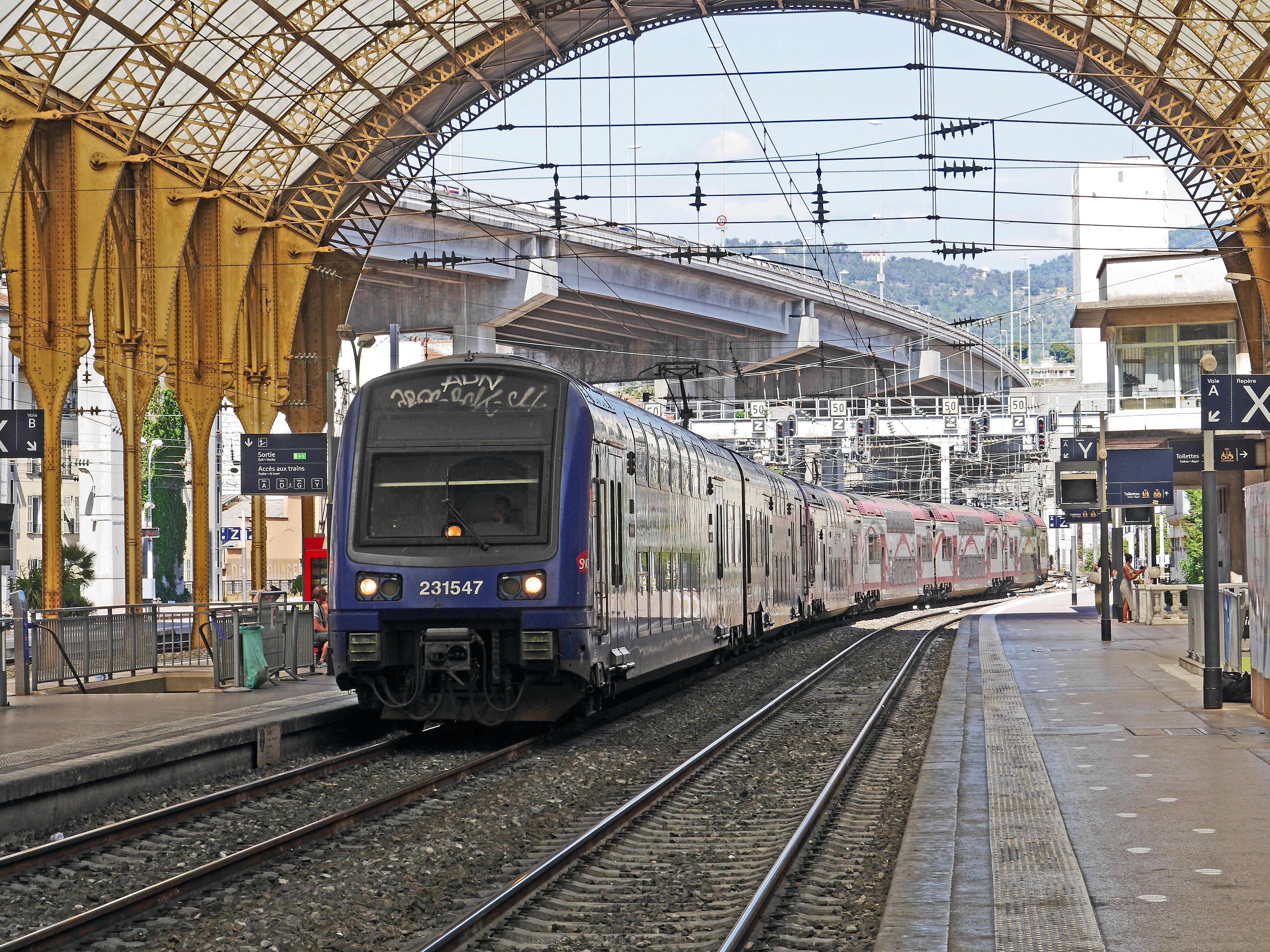 Bildet Spor Jernbane Stal Transportere Frankrike