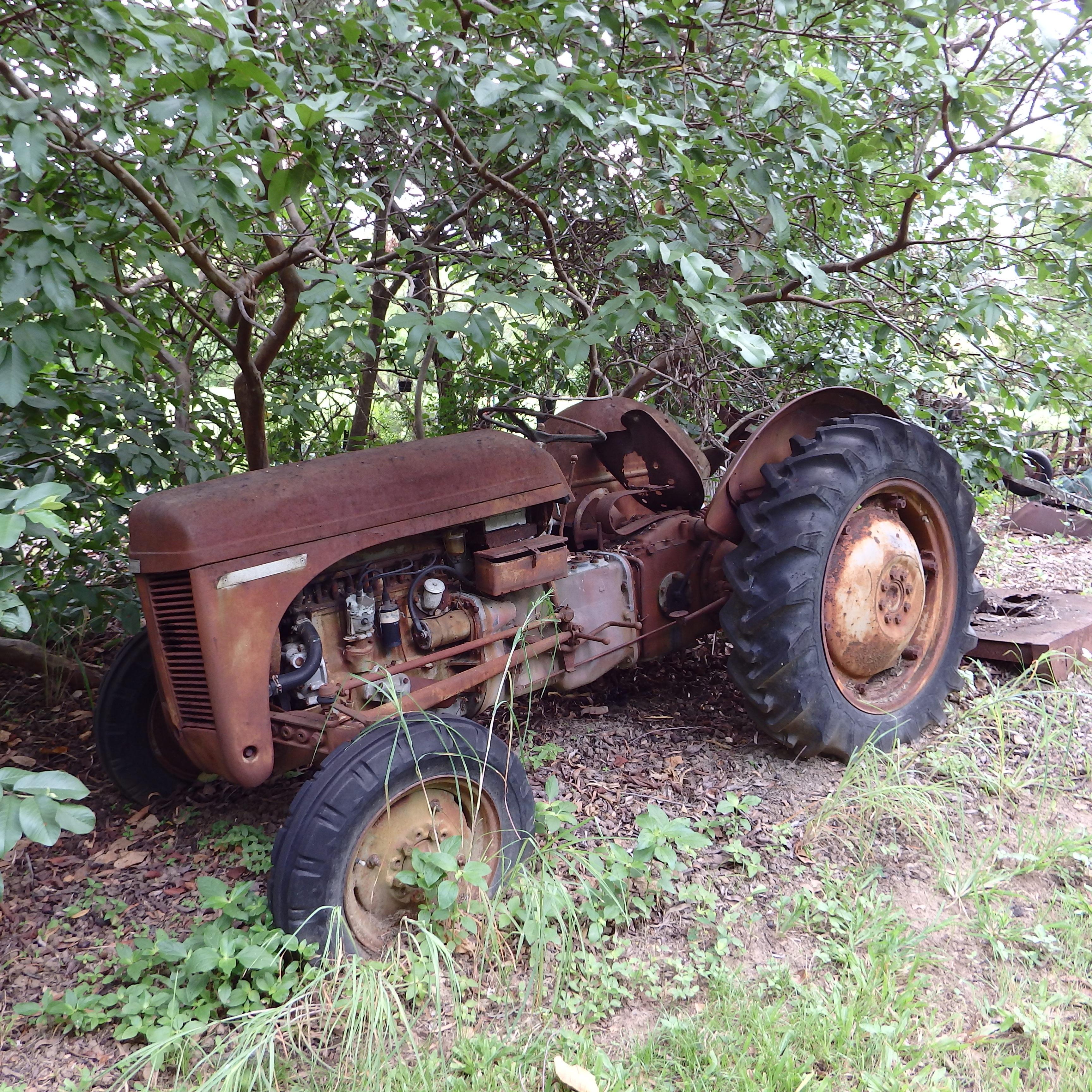 Tractor Broke Down : Free images tractor farm vintage antique wheel