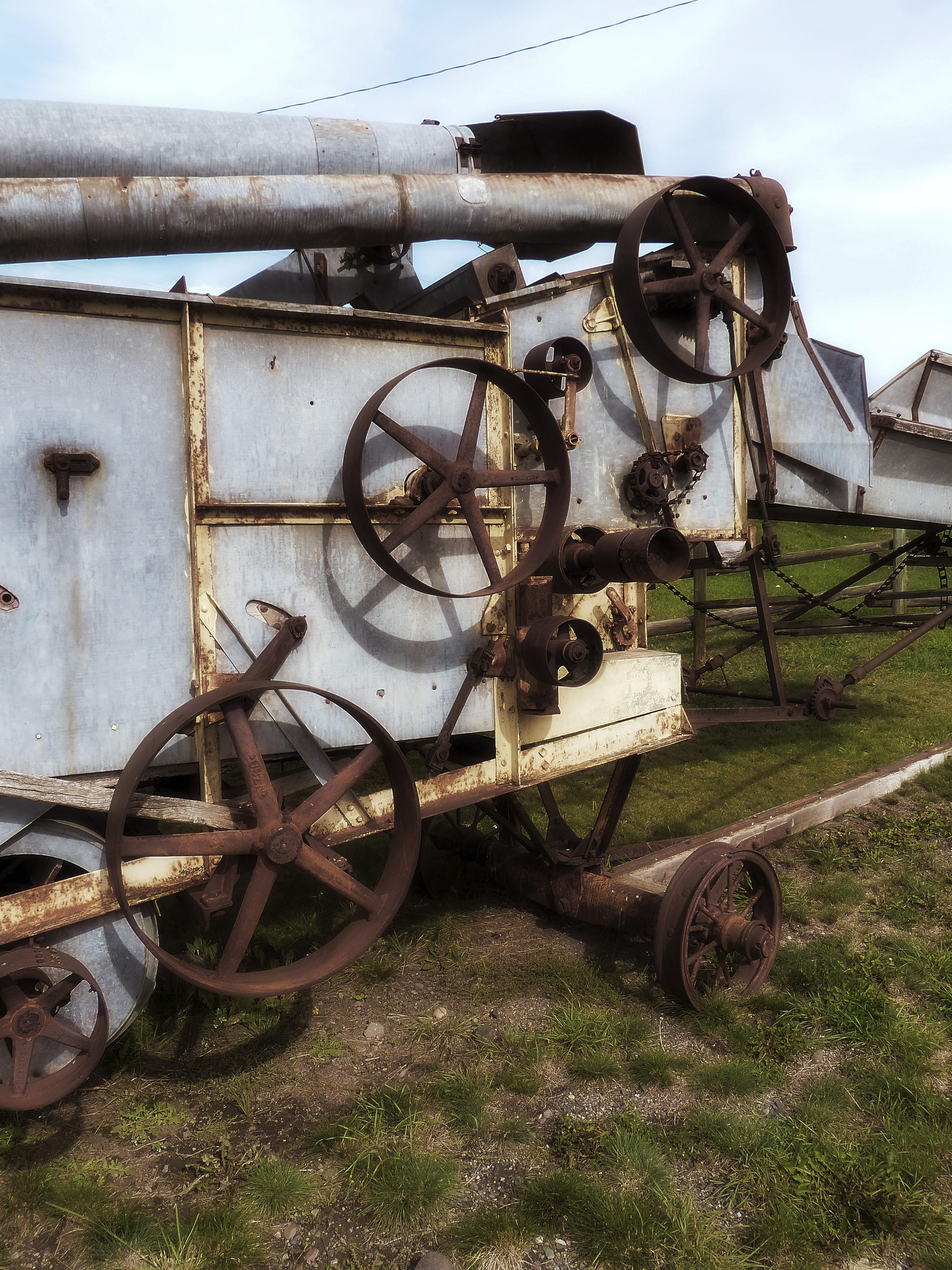 Images gratuites tracteur cru roue chariot v hicule m tal ancien m canique rouill - Chariot porte roue tracteur ...