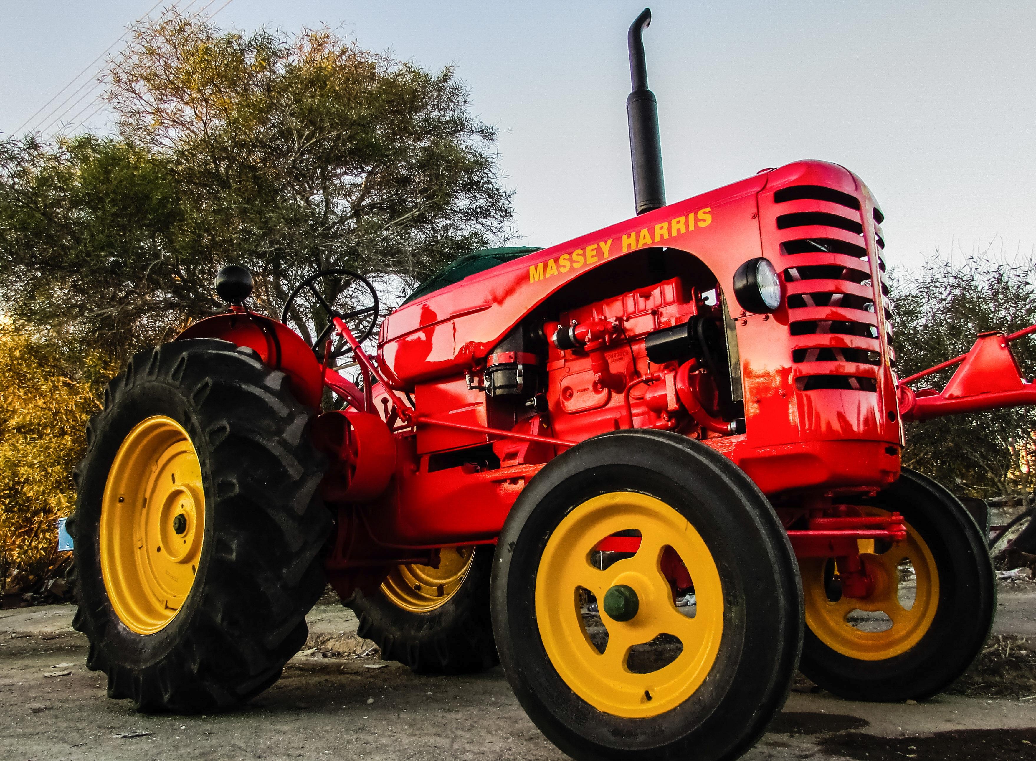 Тракторы картинки фото живые