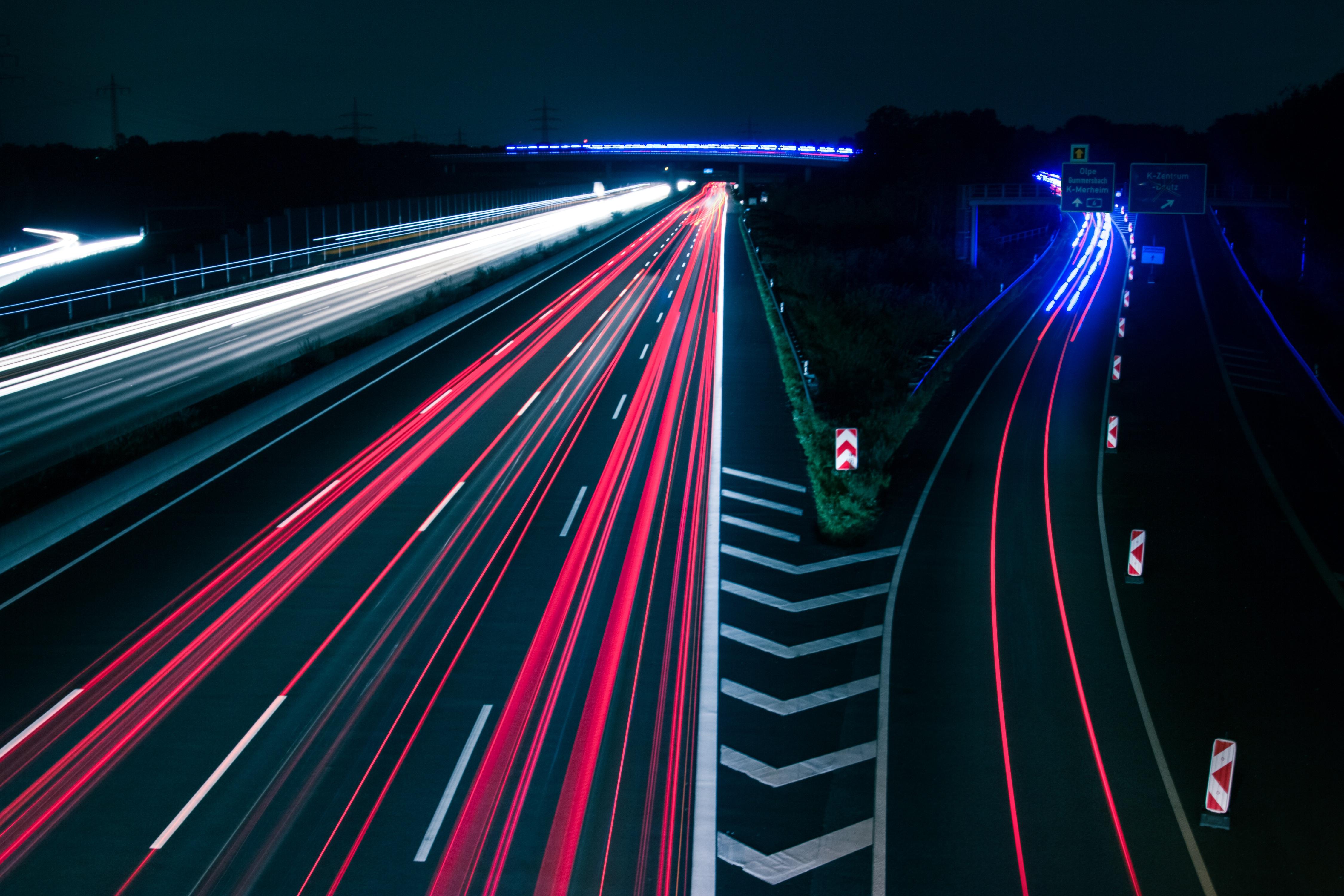 Fotos Gratis Tráfico Luces Autopista Noche Azul Rojo Blanco