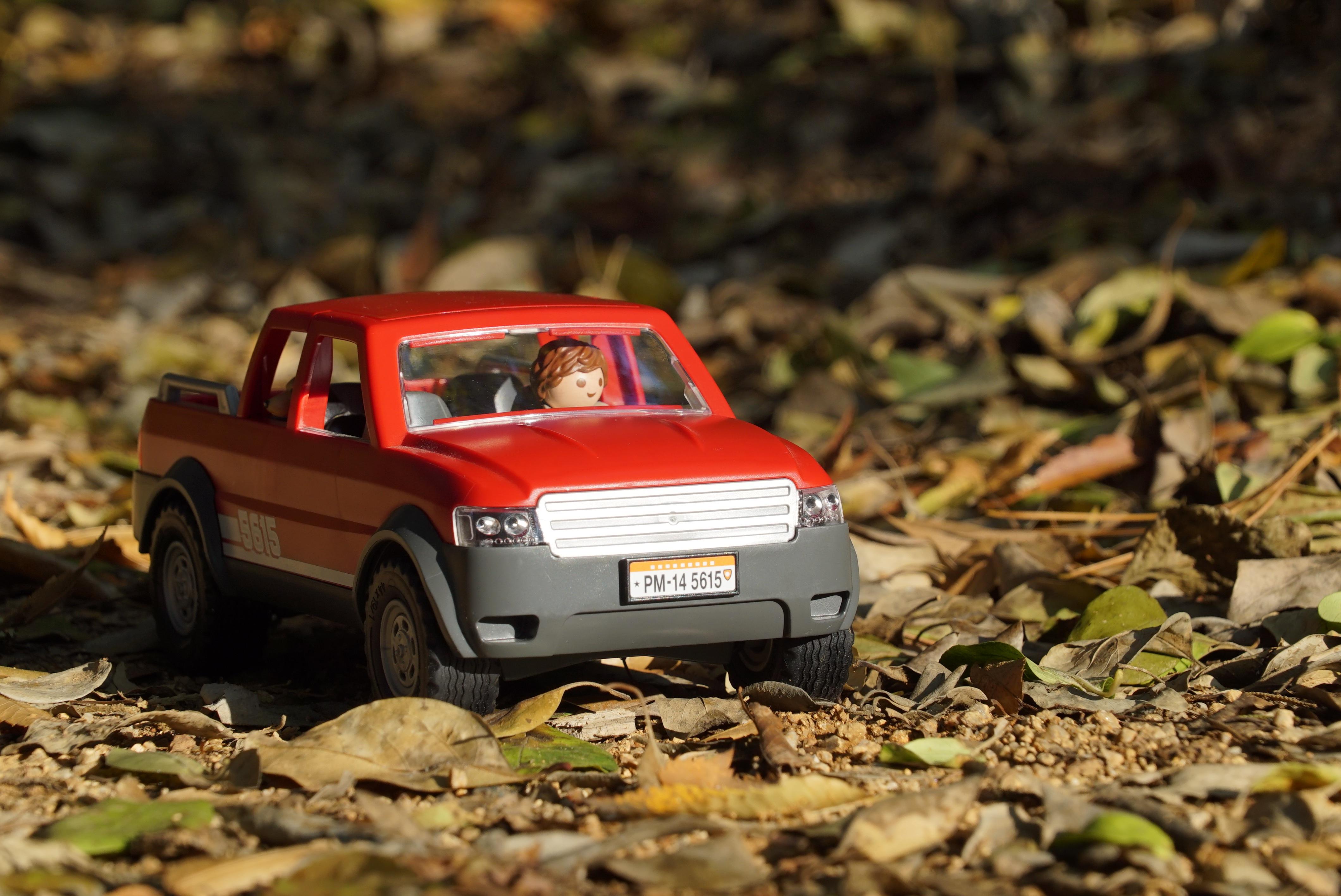 images gratuites piste voiture v hicule boue l 39 automne sol playmobil courses hors. Black Bedroom Furniture Sets. Home Design Ideas