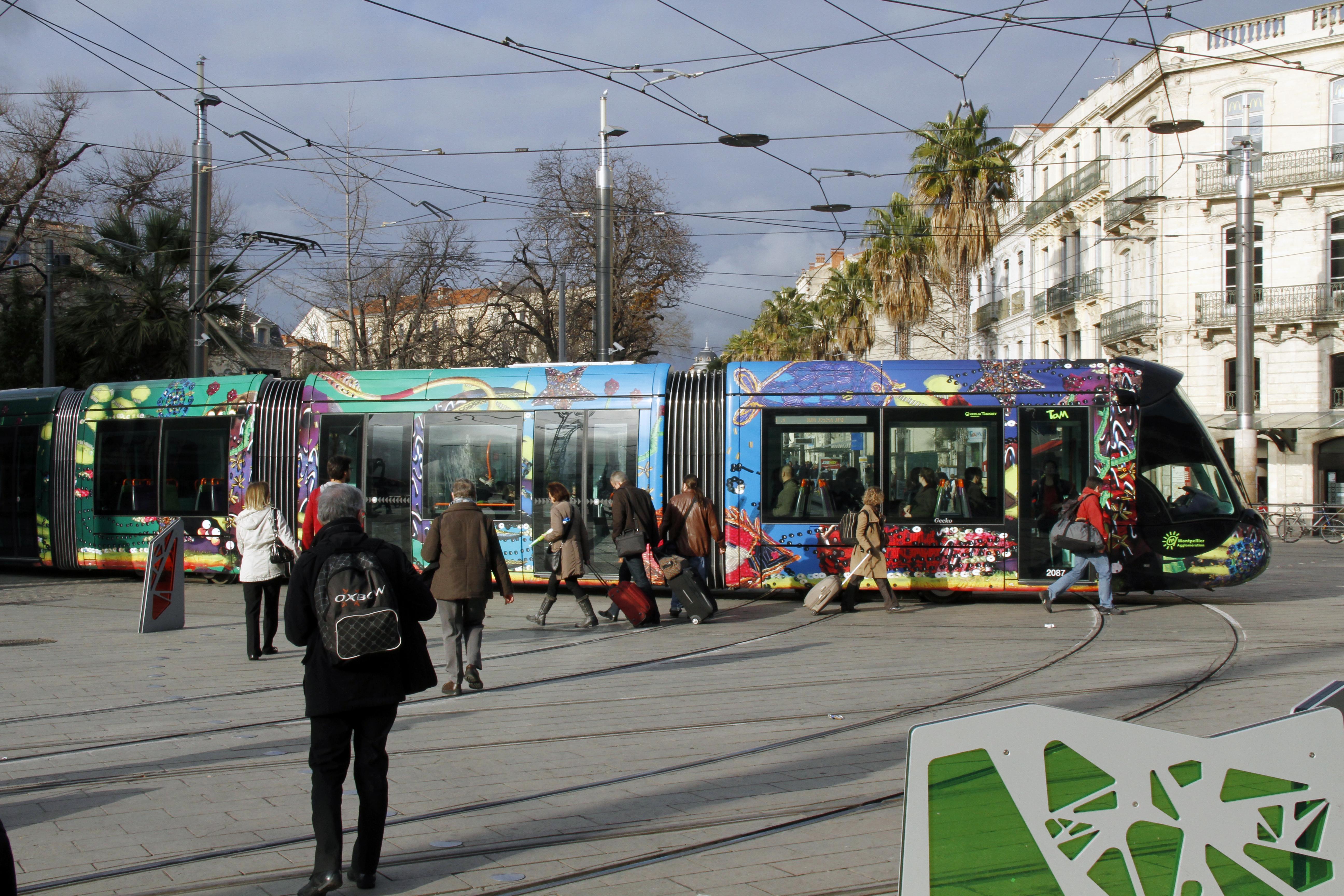images gratuites tram france l 39 europe v hicule t l ph rique transport public gare. Black Bedroom Furniture Sets. Home Design Ideas
