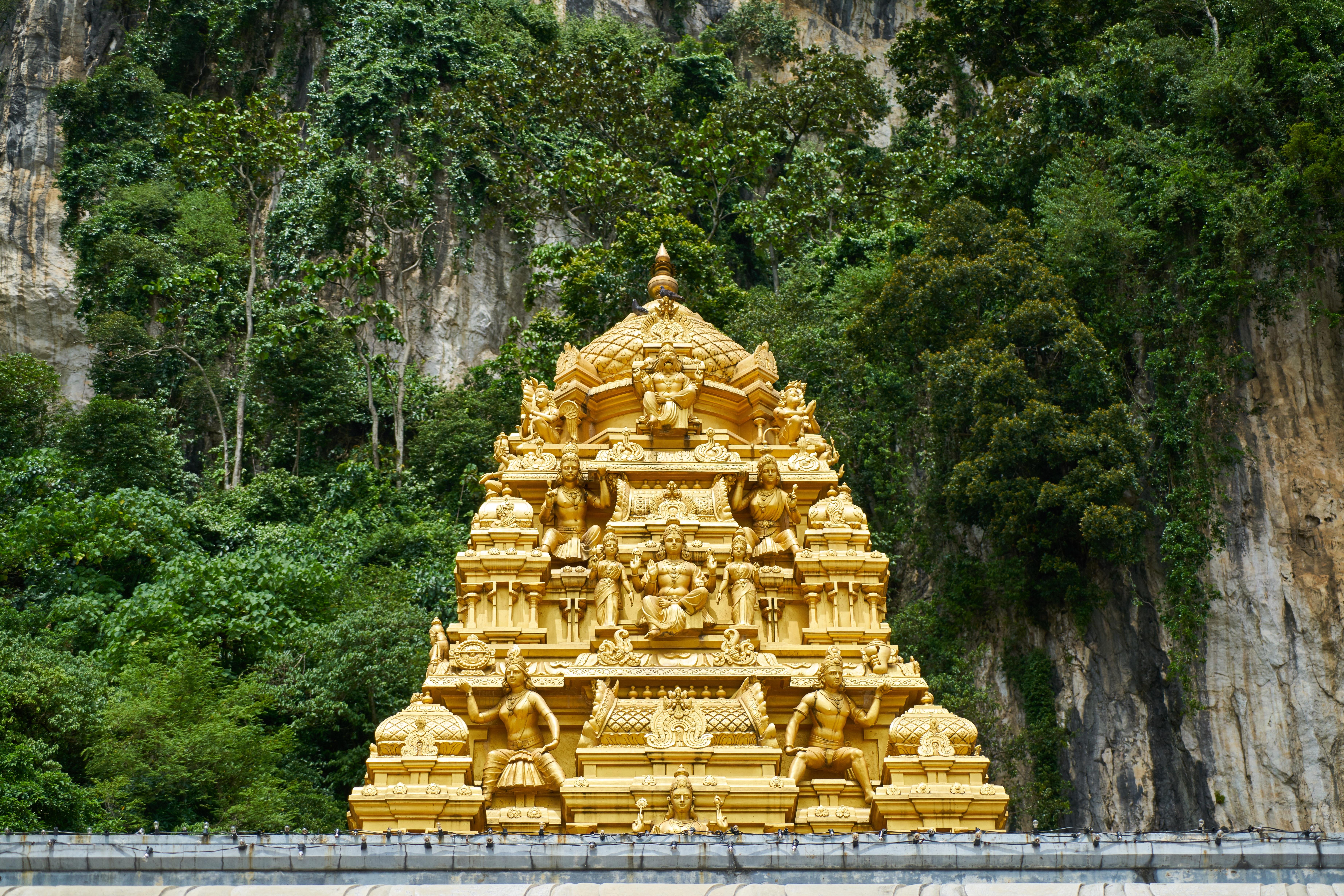 Gambar Perjalanan Asia Menara Buddha Agama Budha Kuning Tempat Beribadah Patung Emas Candi Di Iman Kamboja Kuil Doa Besar Hari Menyembah Allah Klenteng Wat Estetika Hinduisme Kota Tua Situs Arkeologi Kota