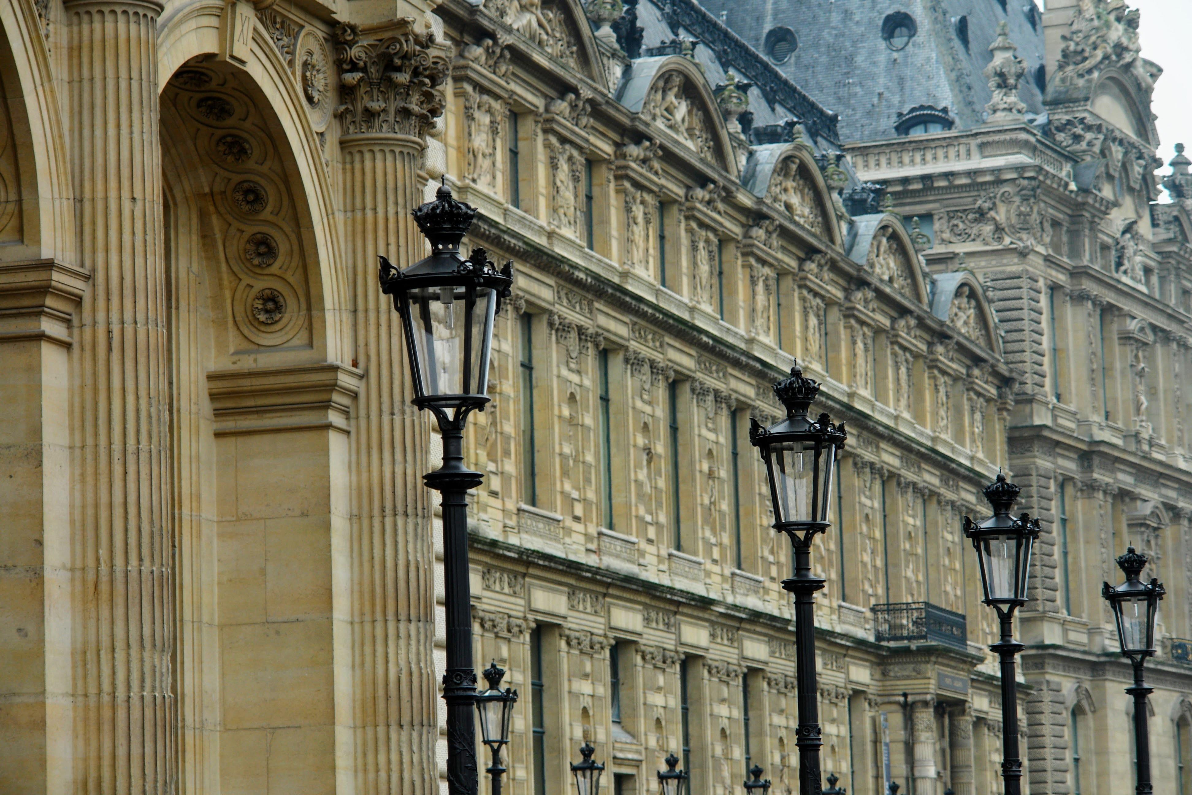 Immagini belle albero costruzione palazzo citt for Casa di architettura gotica