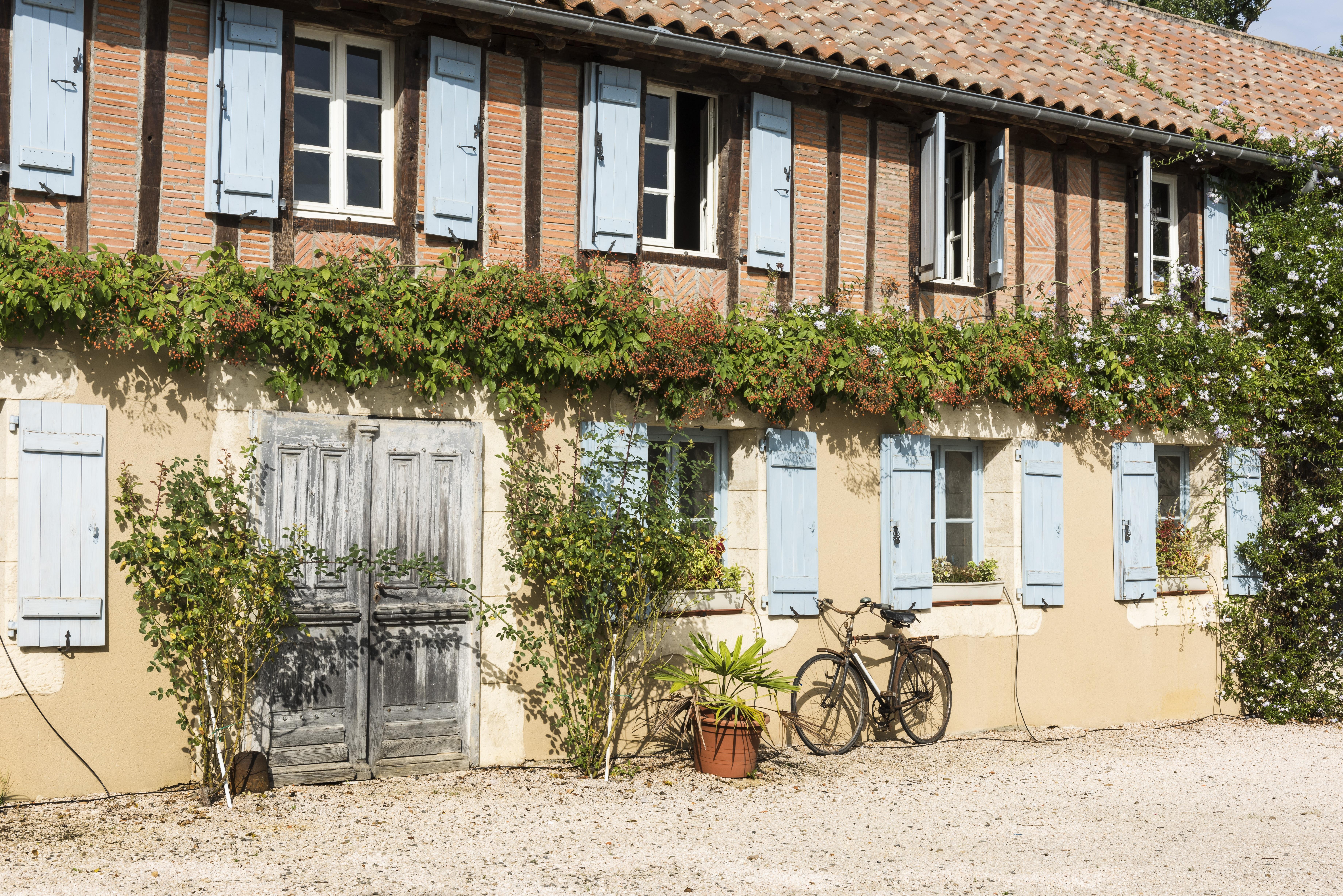 Fotos gratis : árbol, creativo, arquitectura, sol, casa, ventana ...