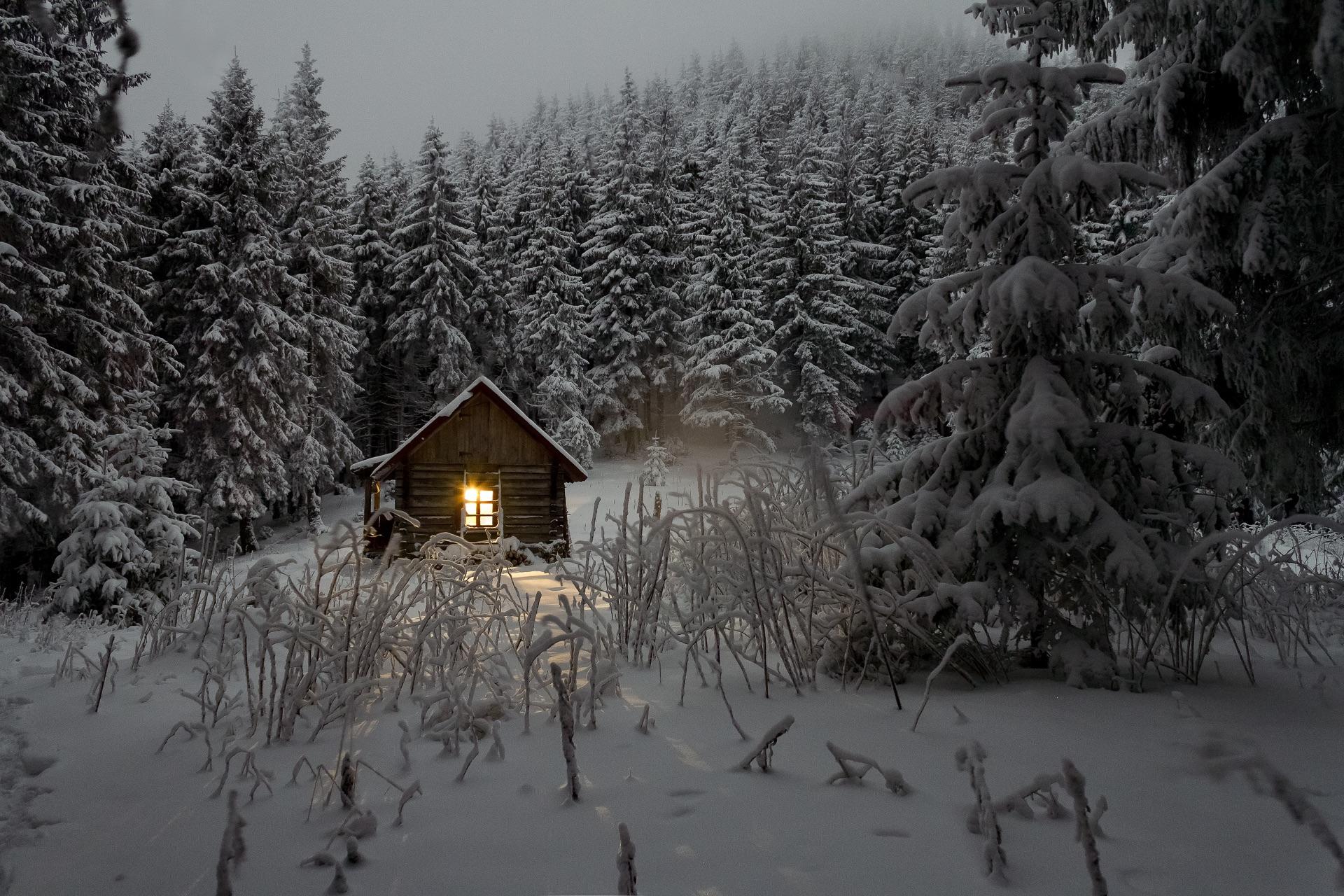если автомобили избушка в лесу картинки зима нагрузка равномерно распределялась