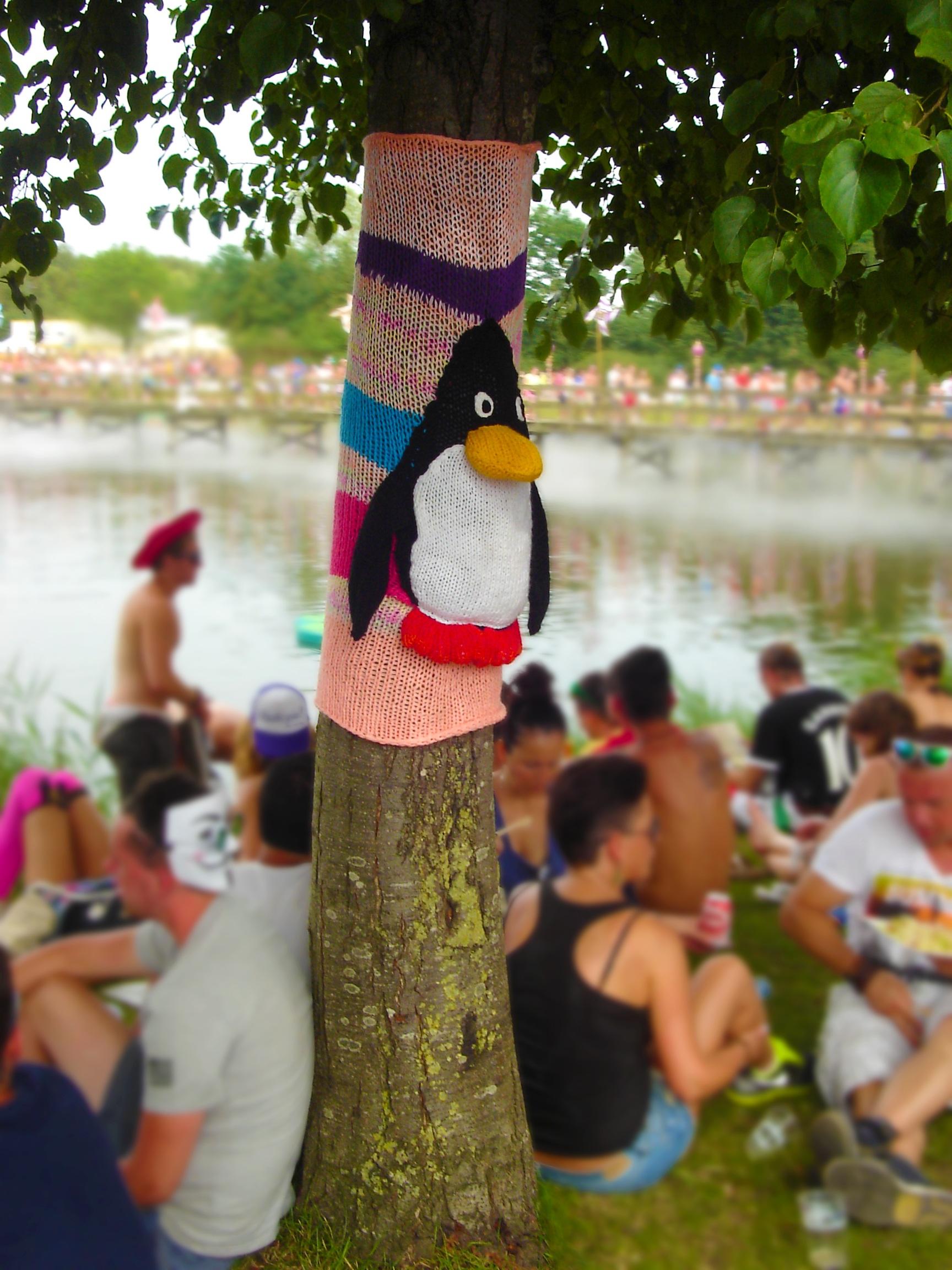Kostenlose foto : Baum, Gruppe, Menschen, Blume, Tier, Konzert ...